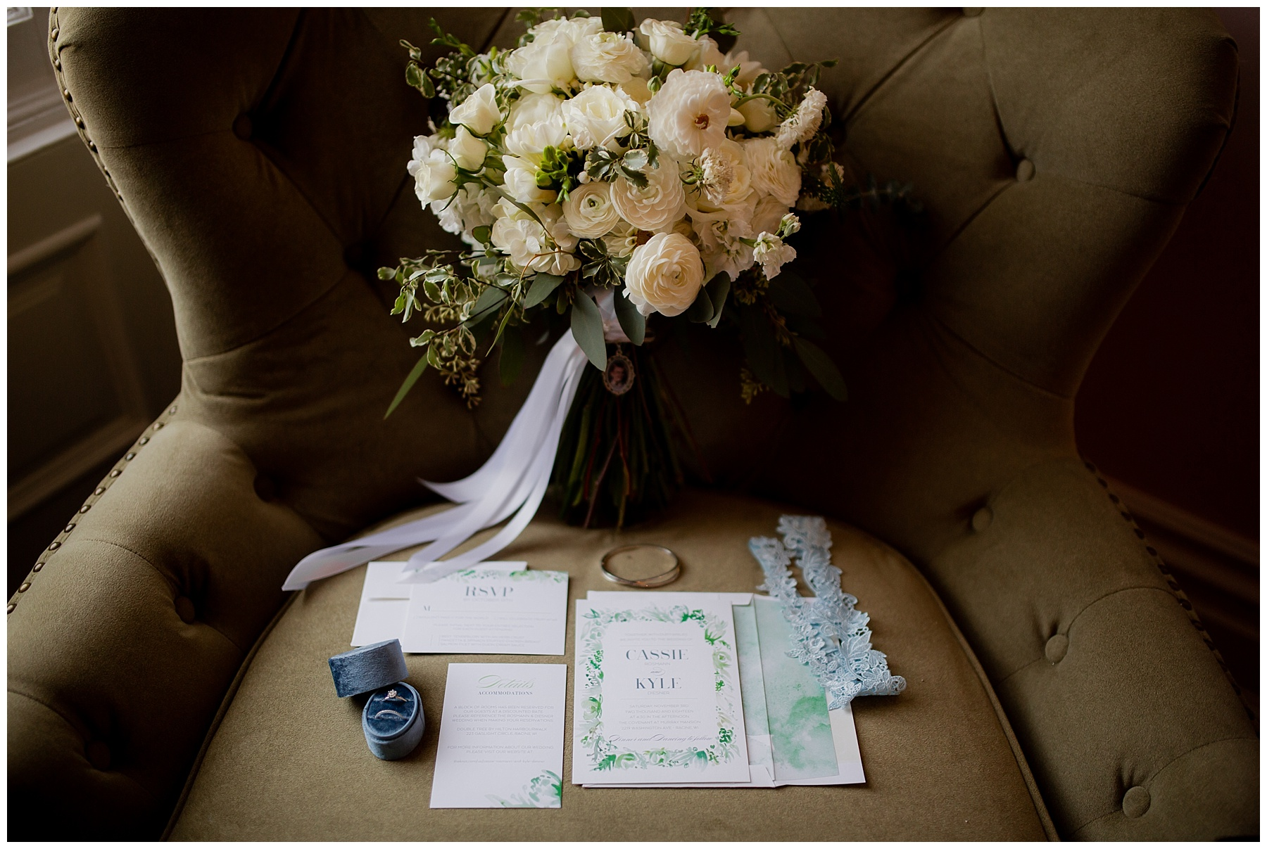 WISCONSIN WEDDING PHOTOGRAPHER -THE COVENANT AT MURRAY MANSION WEDDING-20.jpg