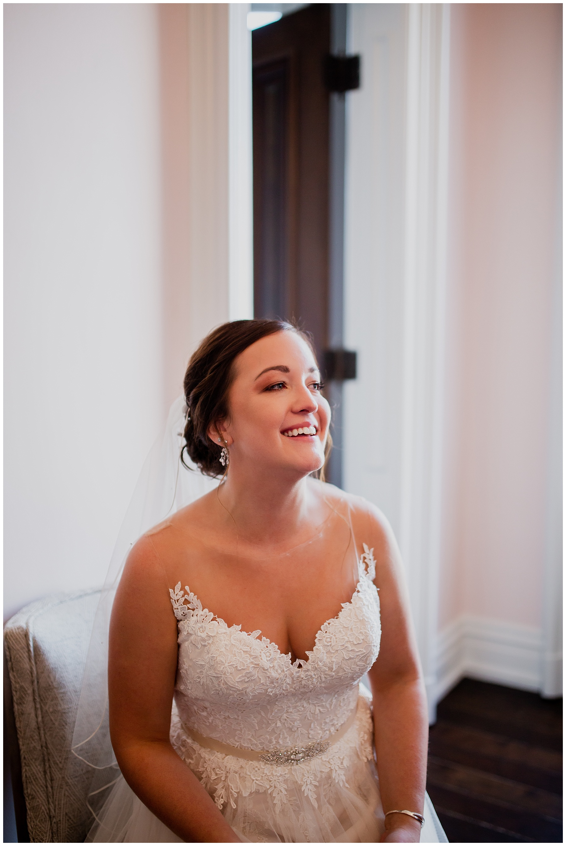 WISCONSIN WEDDING PHOTOGRAPHER -THE COVENANT AT MURRAY MANSION WEDDING-59.jpg