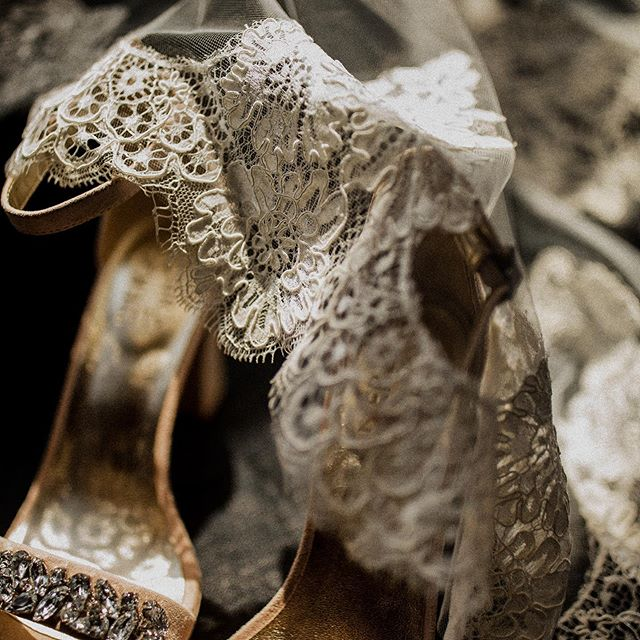 LACE + SHADOWS - pretty little details ✨ • • • • • #wisconsinbride #bride #lace #weddinginspo #risingtidesociety #wibride #wisconsinwedding #wisconsinblogger #engaged #midwestphotographer #justalittleloveinspo #loveintentionally #weddingdetails #weddingphotography #milwaukeeweddingphotographer #wisconsinweddingphotographer #thatsdarling #huffpostido #lovestories #wildhairandhappyhearts #belovedstories #muchlove_ig #wildcrazylove #unconventionaltogs #lookslikefilm #junebugweddings  #mke #milwaukeev #marriedinmilwaukee #weddingportraits