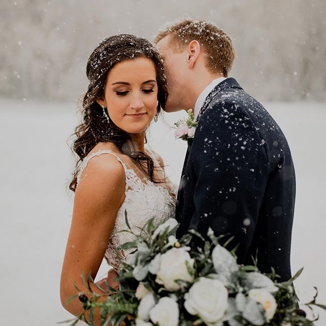 Sadie + Michael's Spring Blizzard wedding just hit the blog 🥰❄️ Click the blog post link in our bio to see the details from this snowy wedding day! ✨✨ Planning: @megallyseweddings  Venue: @thebowerybarn  Dress: @buccisbridal  Bridesmaids: @birdygrey  Groom: @menswearhouse  MUA: @kelly.schubel_mua @rachelfranson_beauty  Floral: @sbblooms  Catering: @bubbsbbq  Sweets: @sweetgingerssugarshoppe  Videography: @openboxevents • • • • • #wisconsinbride #bride #realbride  #weddinginspo #risingtidesociety  #wibride  #wisconsinwedding  #wisconsinblogger #engaged  #midwestphotographer #justalittleloveinspo #loveintentionally #weddingdress #lace #emotion #weddingphotography #bridal #milwaukeeweddingphotorapher #thatsdarling #huffpostido #lovestories #wildhairandhappyhearts #belovedstories #muchlove_ig #wildandcrazylove #unvonventionaltogs #wisconsin #snow #blizzard #winterwedding