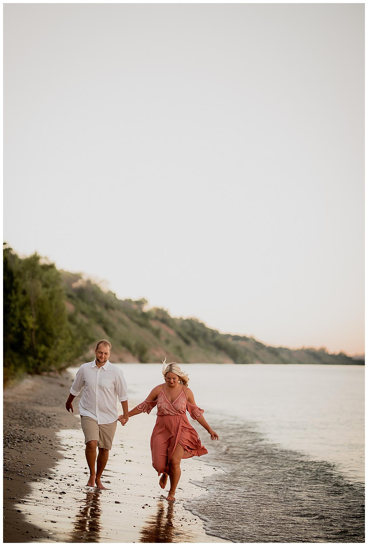 WISCOINSIN WEDDING PHOTOGRAPHER 15.jpg