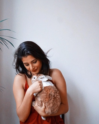 Lilli (diff from her channel spelling I know) is also a bunny mom. Bunnies are one of my favorites and I've always wanted one. PC:  @lillianadee