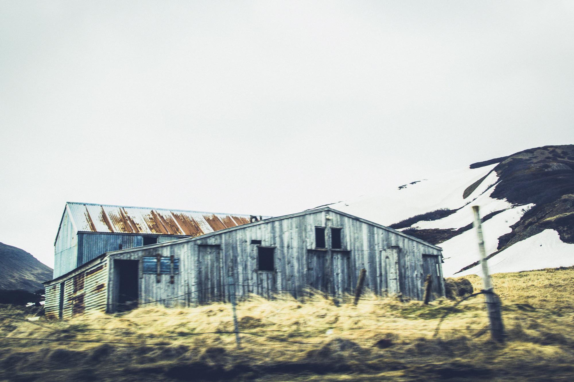 Forgotten-Farmhouse-Forsaken-HEYDT.jpg