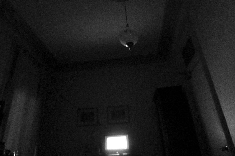 LateNightTV-PorcelainLonely-HEYDT.jpg