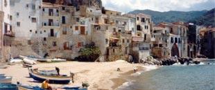 Taormina-Film-Festival-in-beautiful-Sicily-Cefalu-Strand-offer.jpg