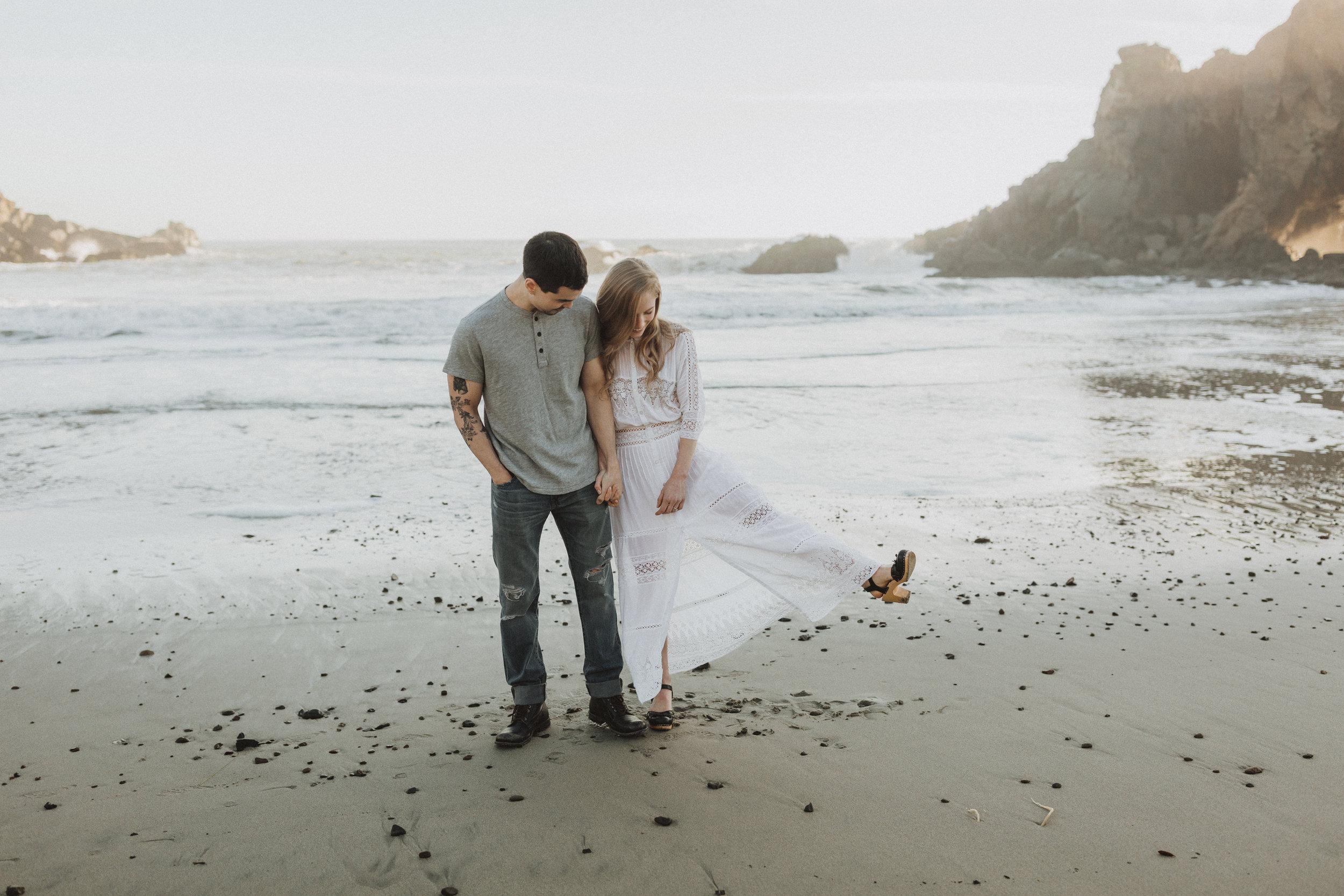 sara&patrick-bigsur-california-engagements-2019-0775.jpg