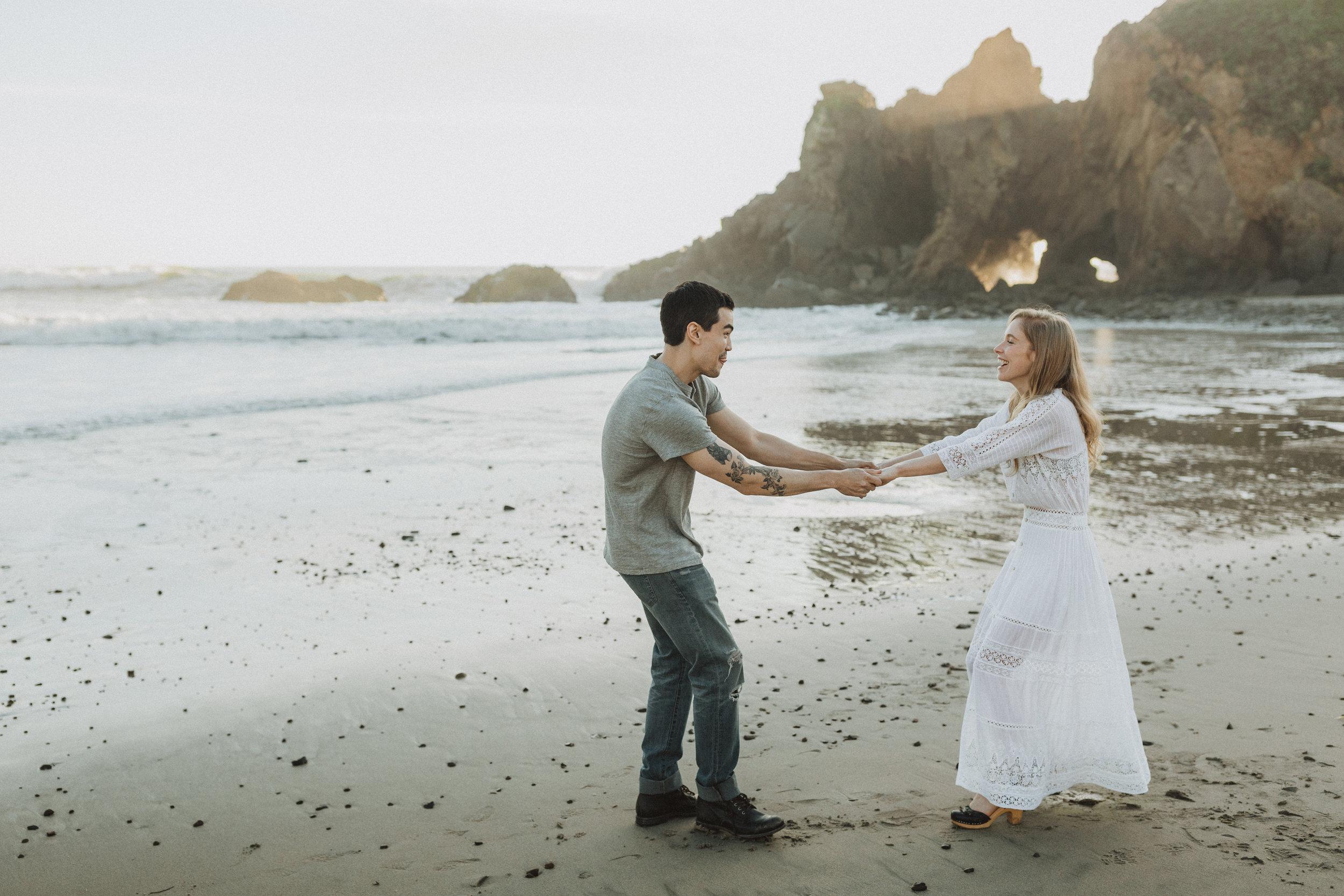 sara&patrick-bigsur-california-engagements-2019-0822.jpg