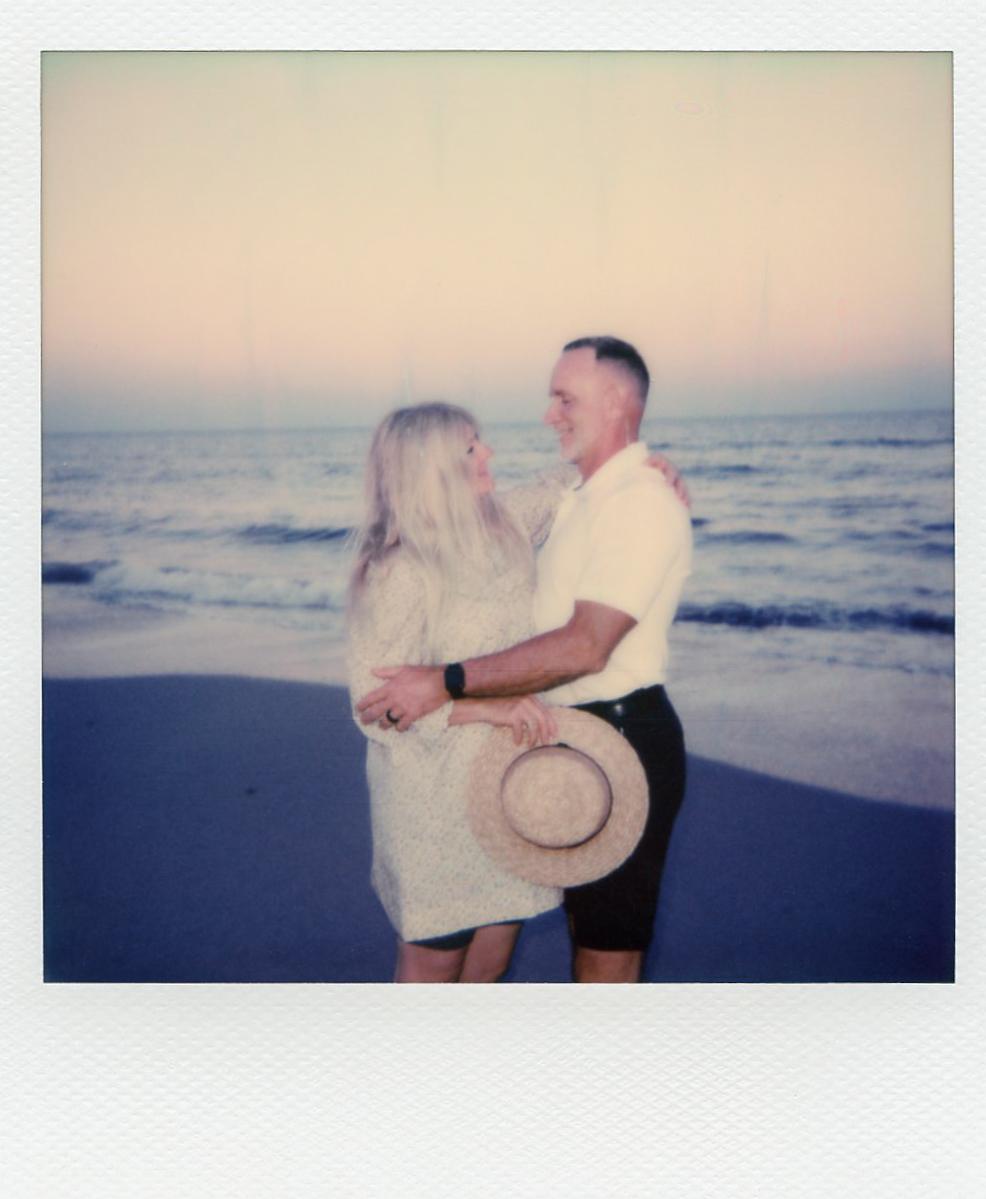 mom&dad-anniversary-polaroids-311.jpg
