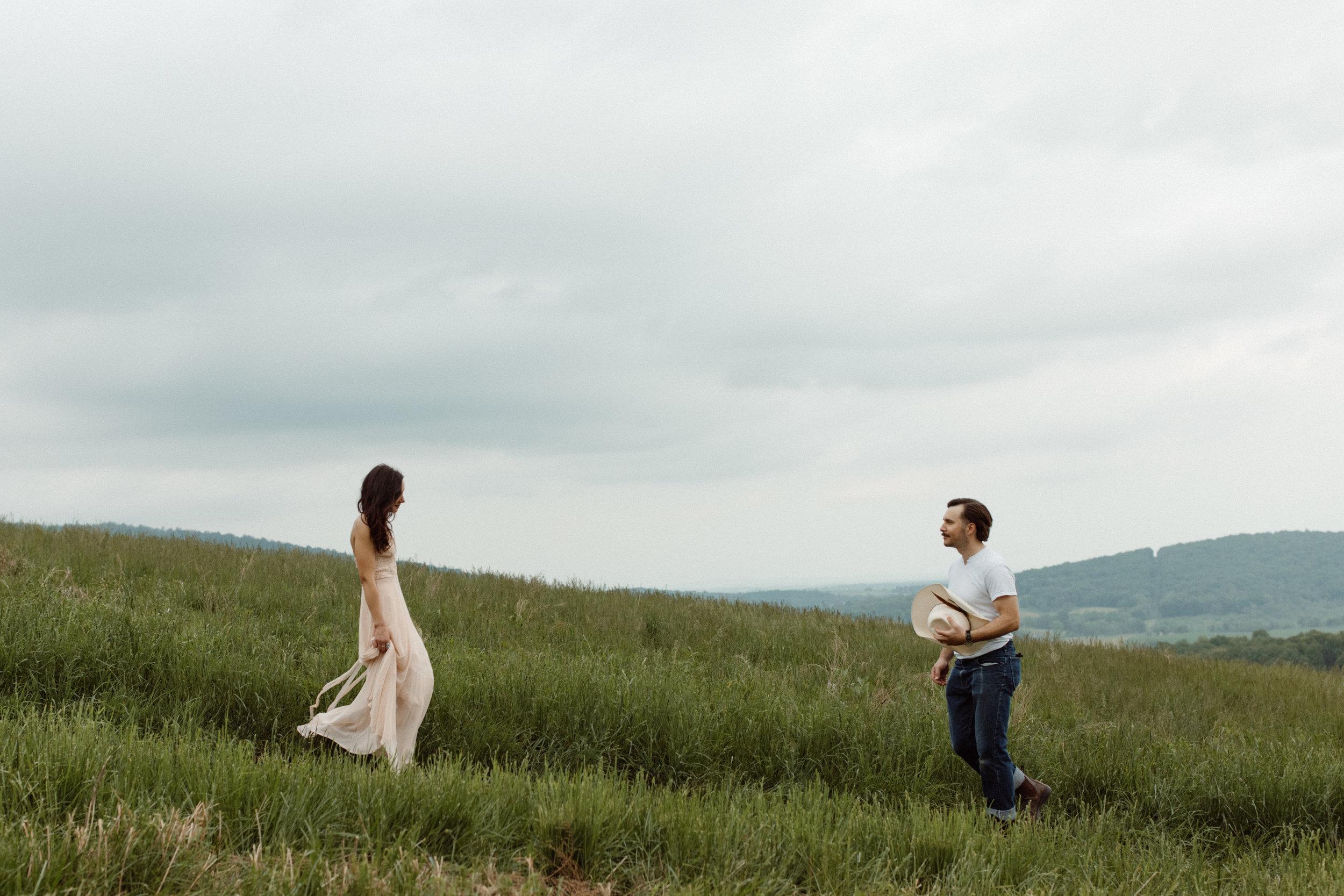 kelsey&mark-engagement-skymeadows-2019-peytoncurry-9215.jpg