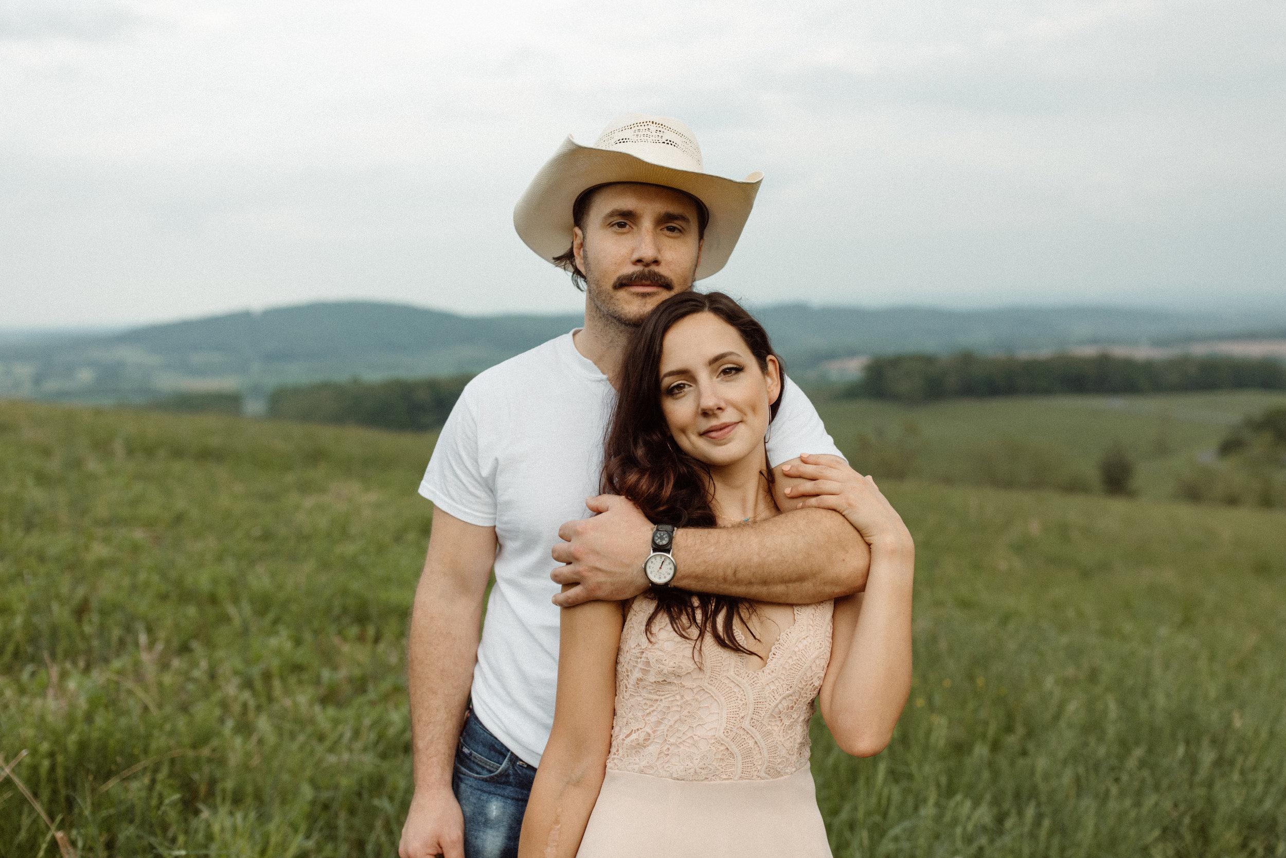 kelsey&mark-engagement-skymeadows-2019-peytoncurry-9331.jpg