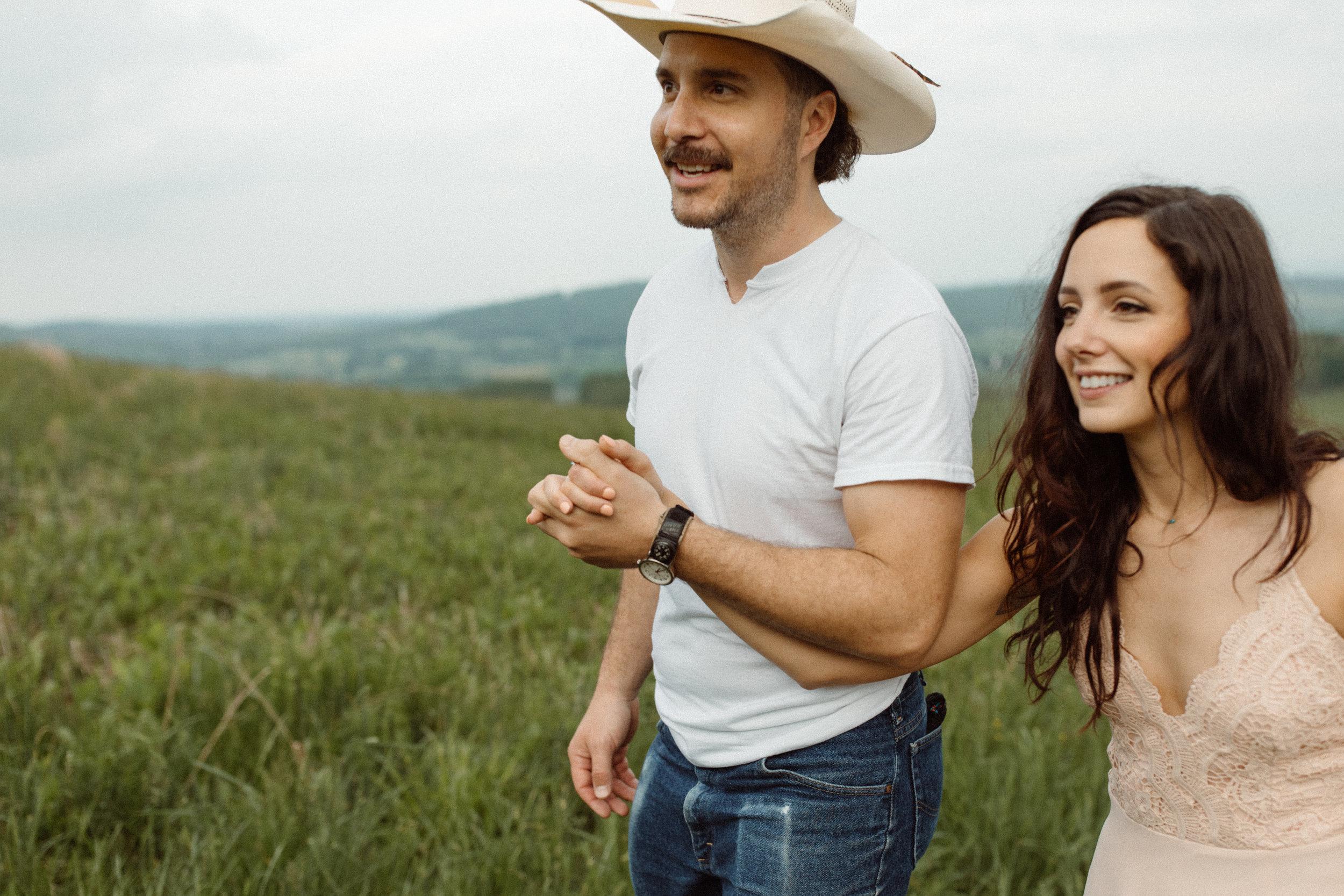 kelsey&mark-engagement-skymeadows-2019-peytoncurry-9416.jpg