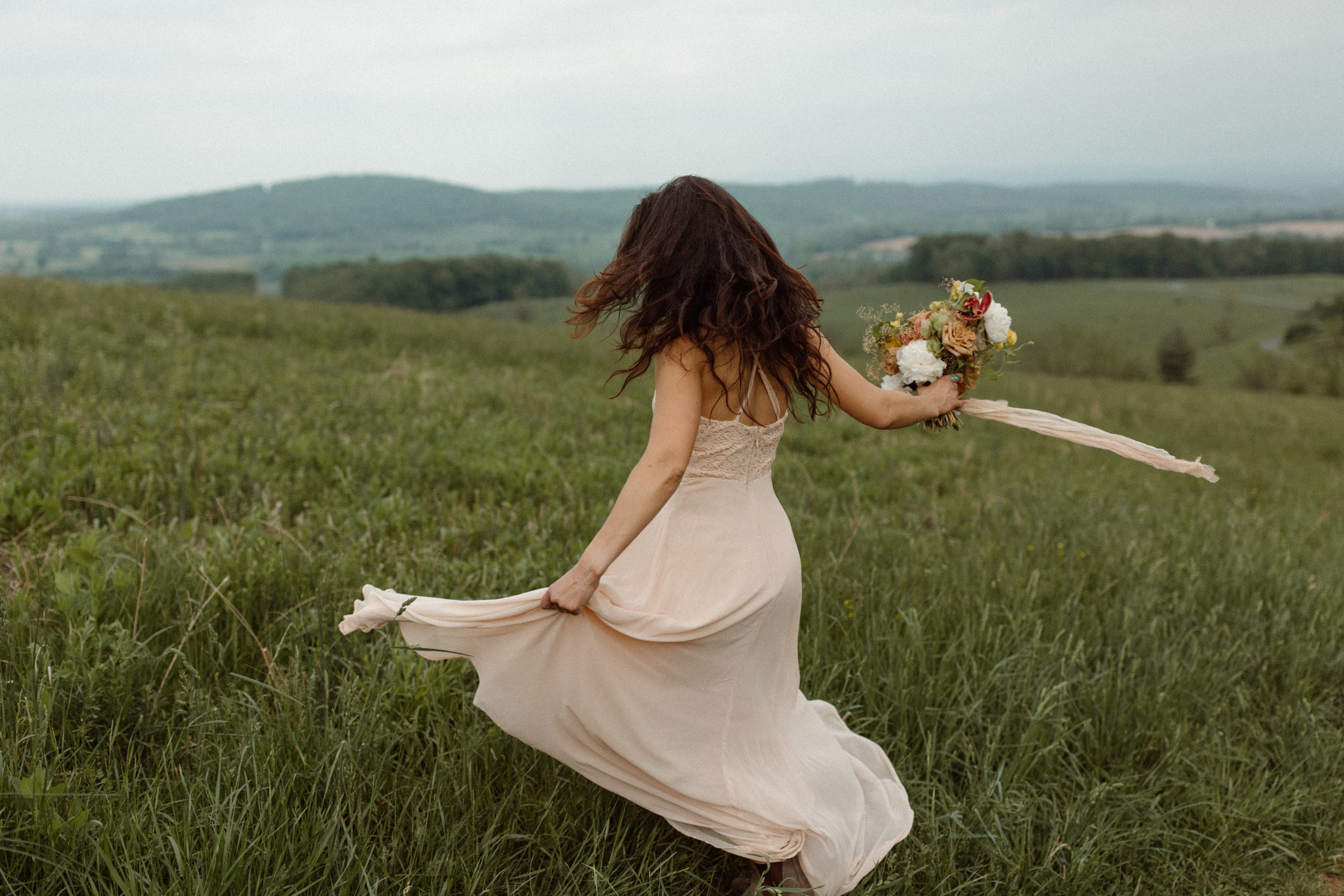 kelsey&mark-engagement-skymeadows-2019-peytoncurry-9536.jpg