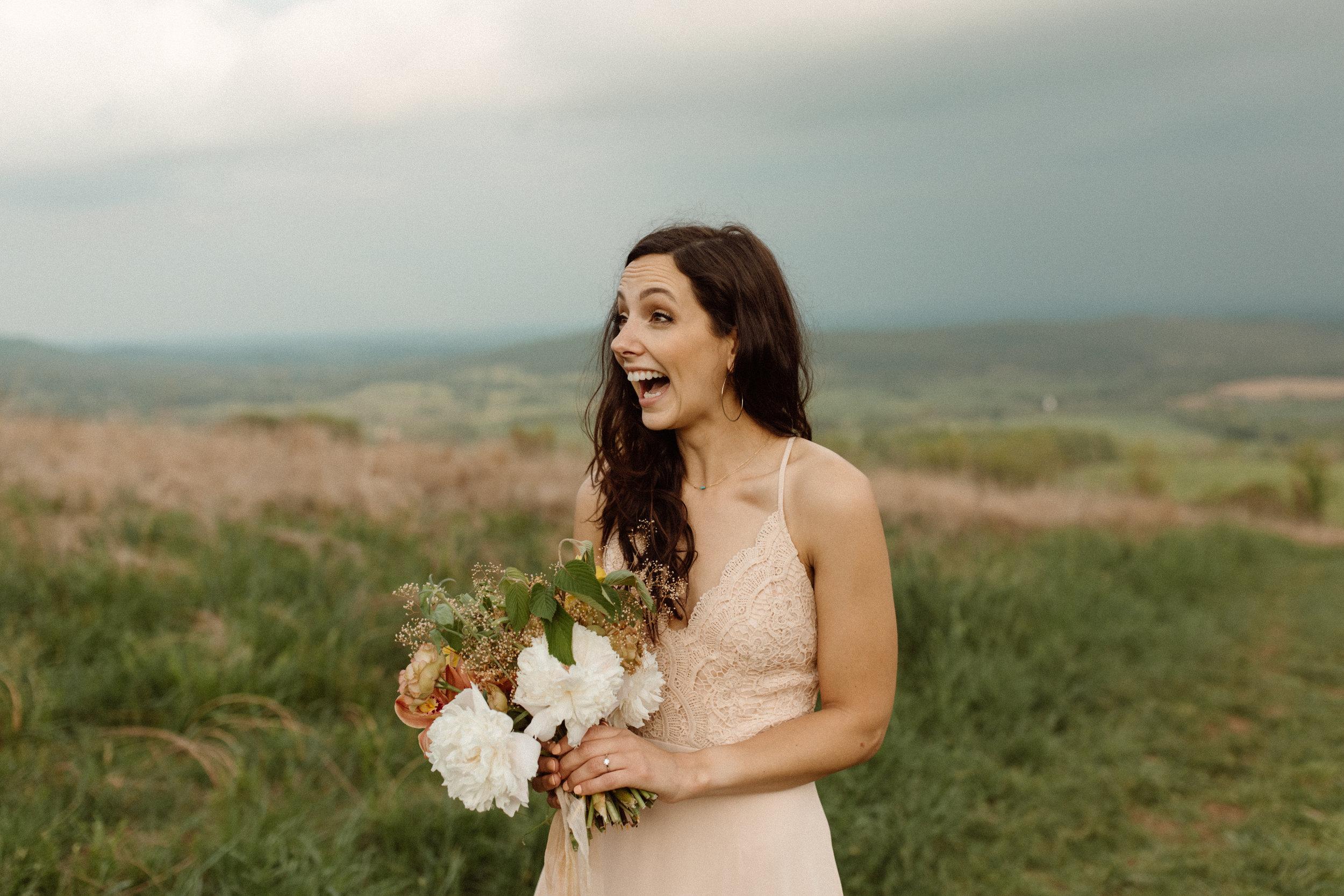 kelsey&mark-engagement-skymeadows-2019-peytoncurry-0014.jpg