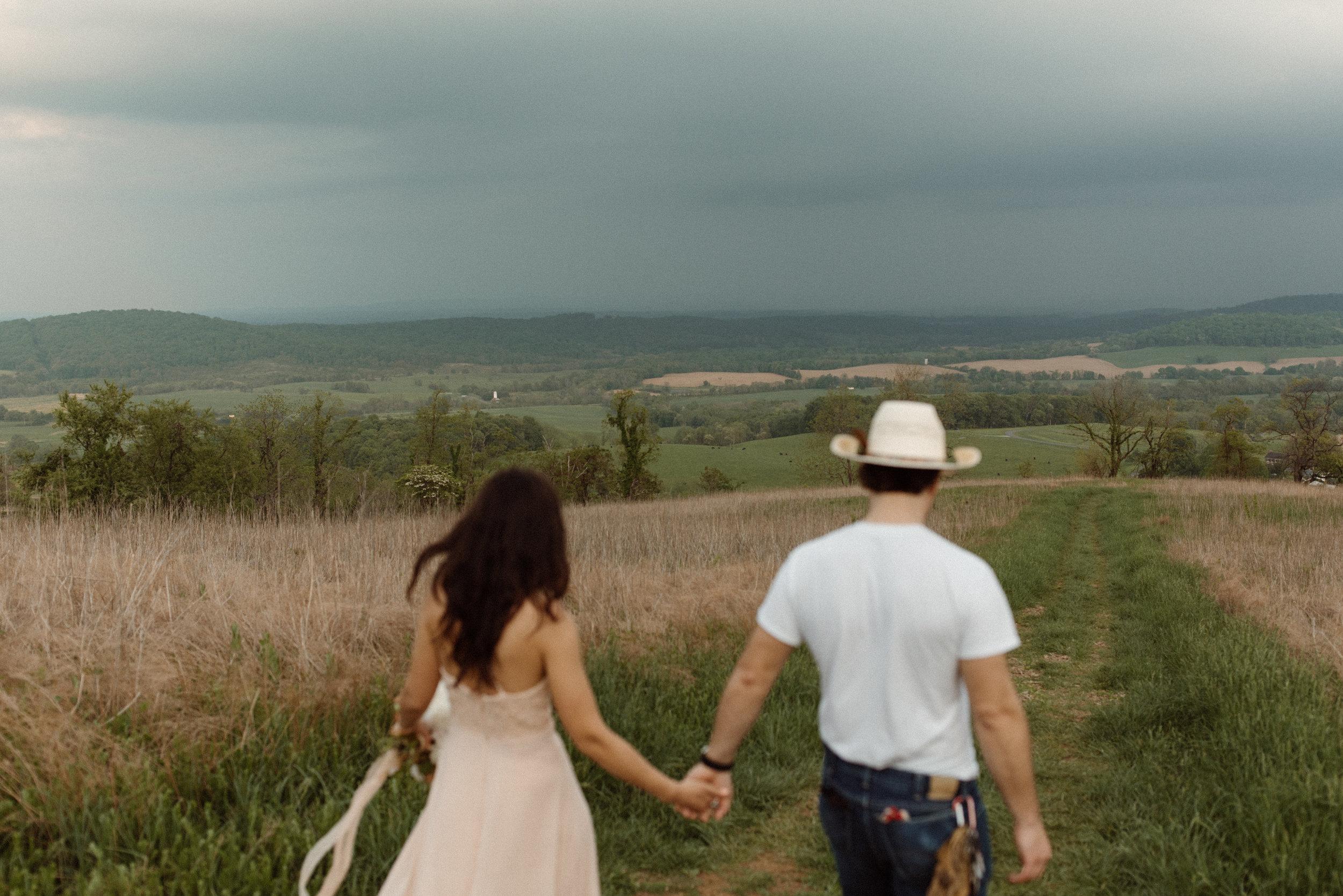 kelsey&mark-engagement-skymeadows-2019-peytoncurry-0087.jpg