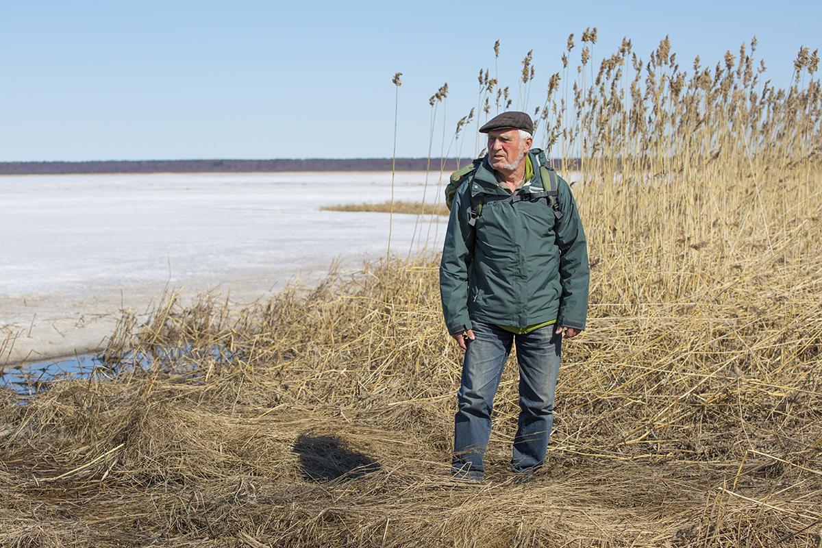 Dr. Erhard Weit an seinem 82sten Geburtstag an der zugefrorenen Ostsee in Finnland am 15.05.2017.