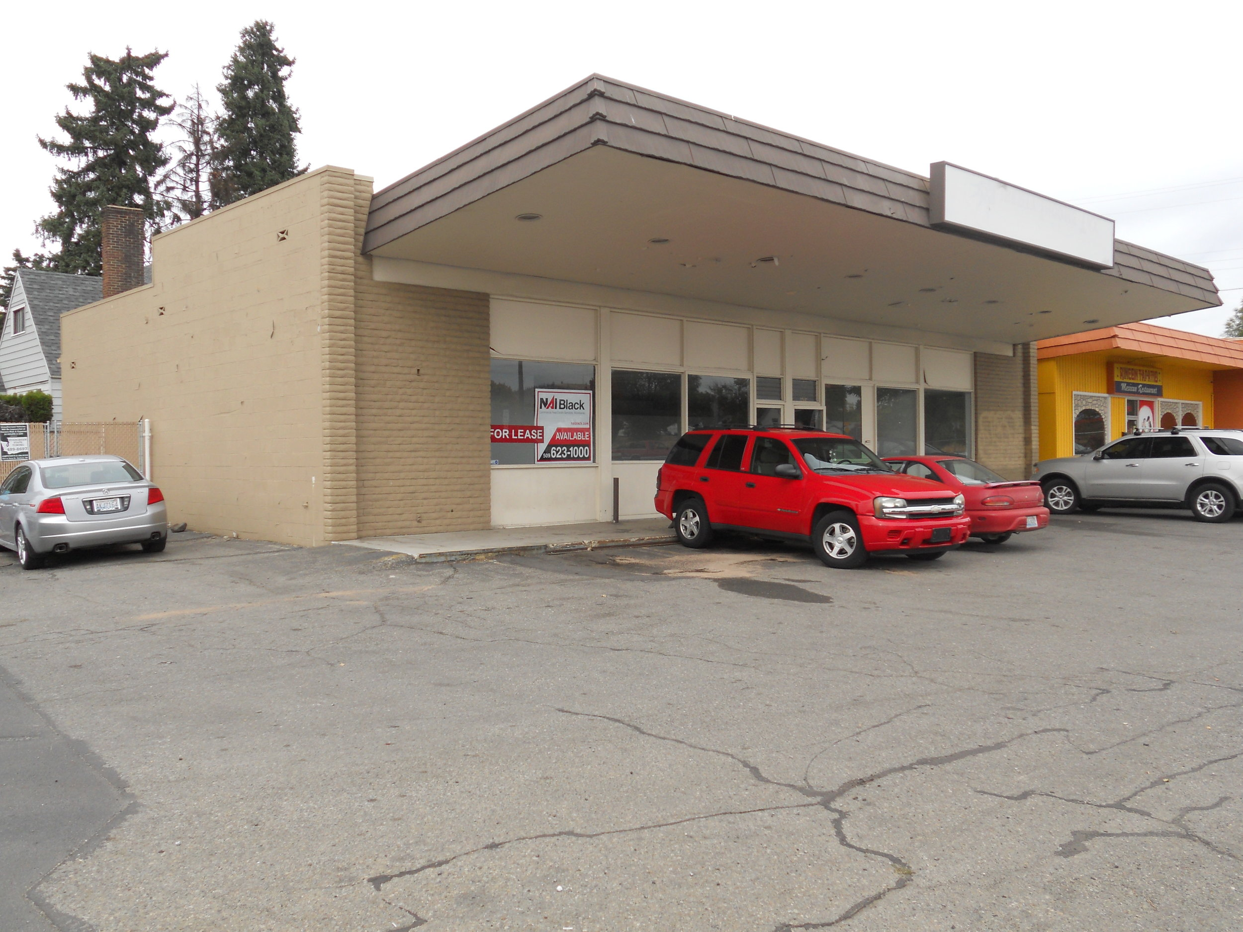 Our brand new Inland Empire store is located in the old Circle K store at the intersection of E. Euclid Avenue and N. Market Street. The address is 3203 N. Market Street, Spokane WA.