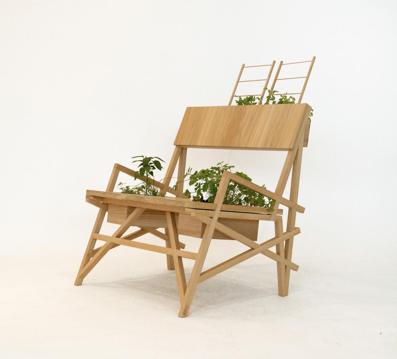 Triangulation Chair 2014.jpg