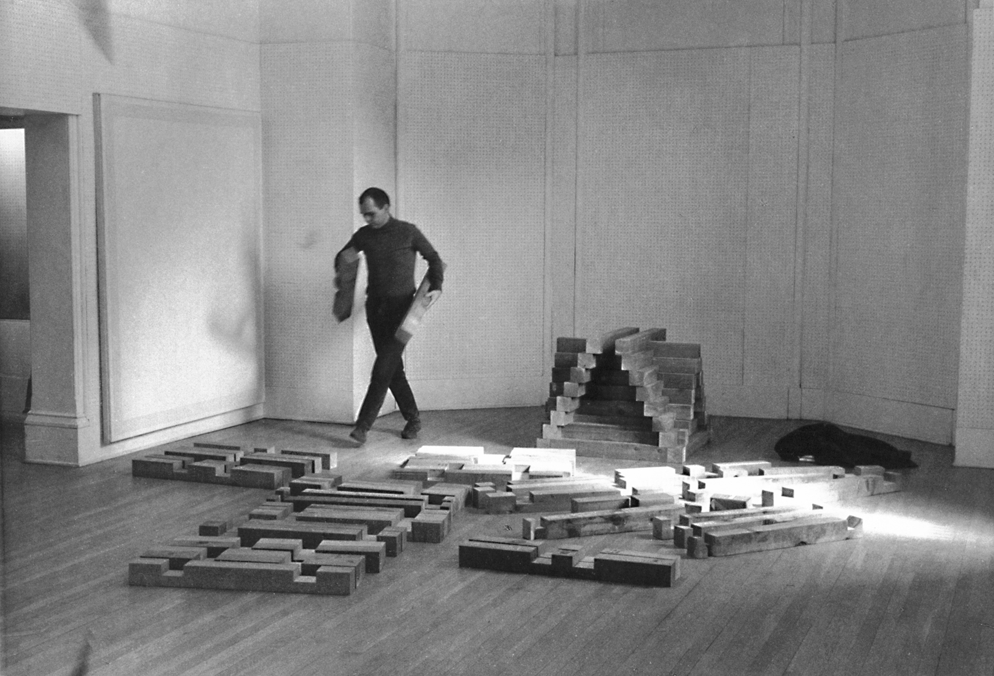 carl-andre-building-cedar-piece-1964-document-37-2000px.jpg