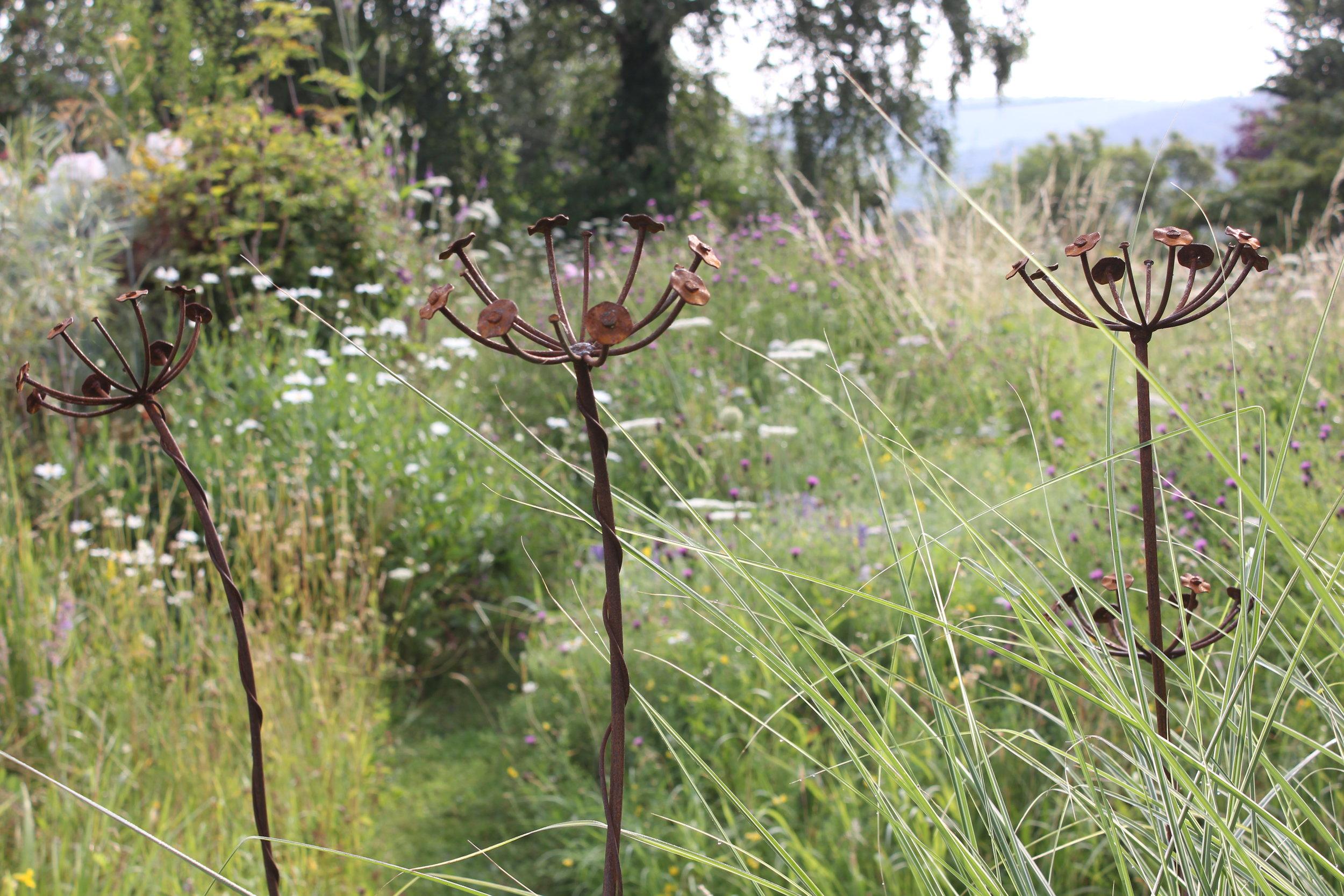 Rusty metal flowers.JPG