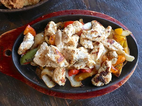 persian chicken fajitas thronhill pub stephanie dickison.JPG