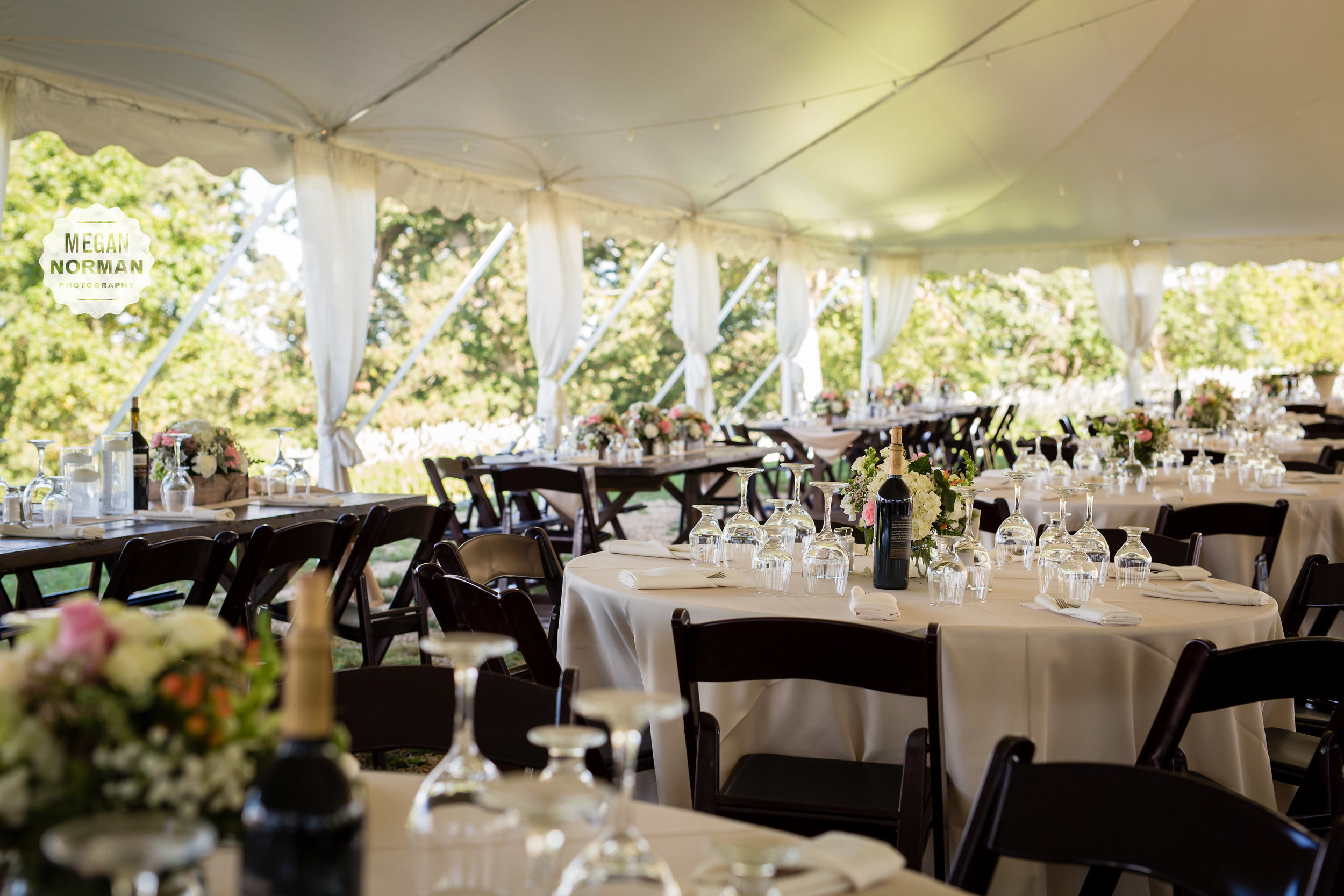 Worry-free wedding rentals    From start to finish.