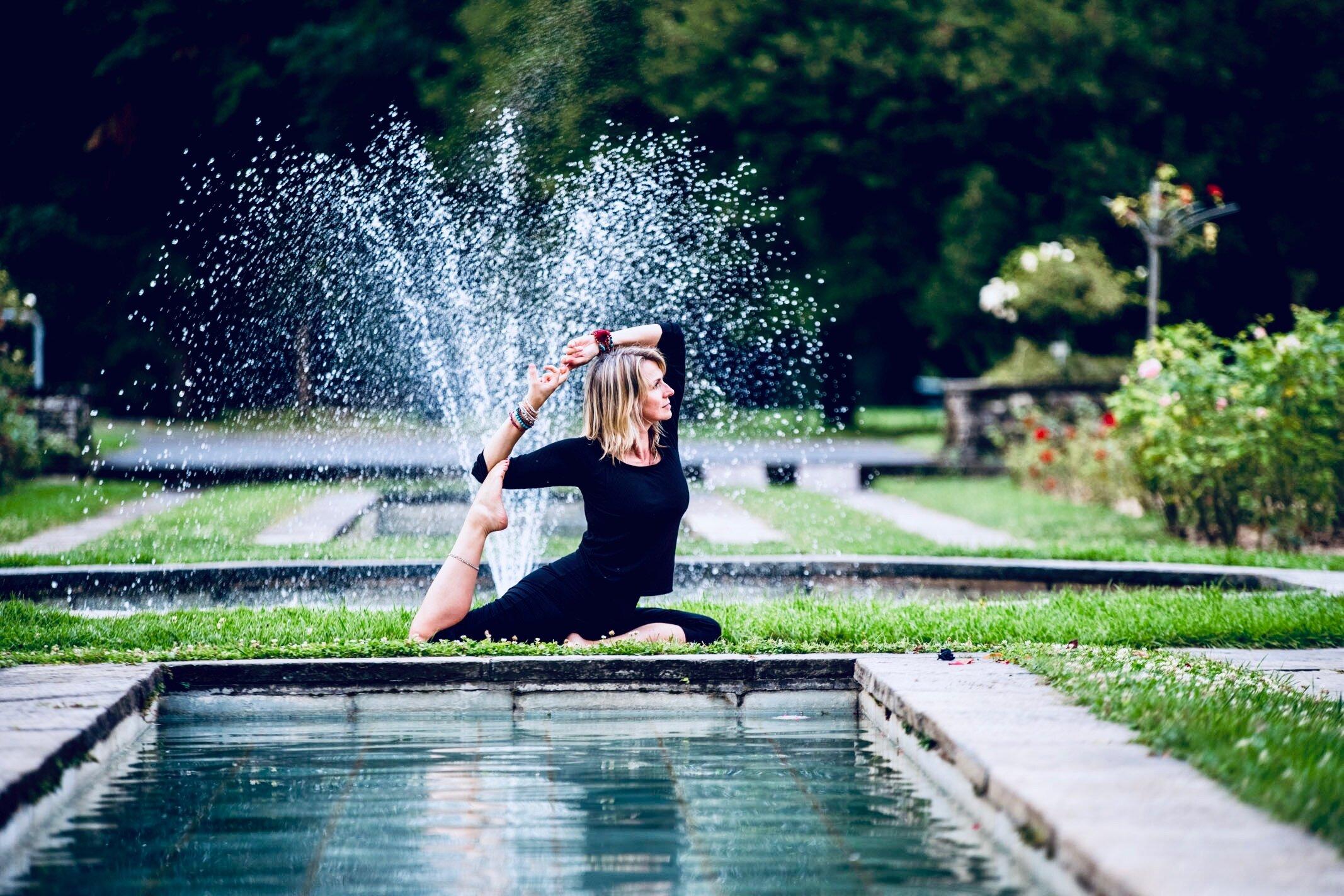 Yoga_mermaid8 (1).jpg