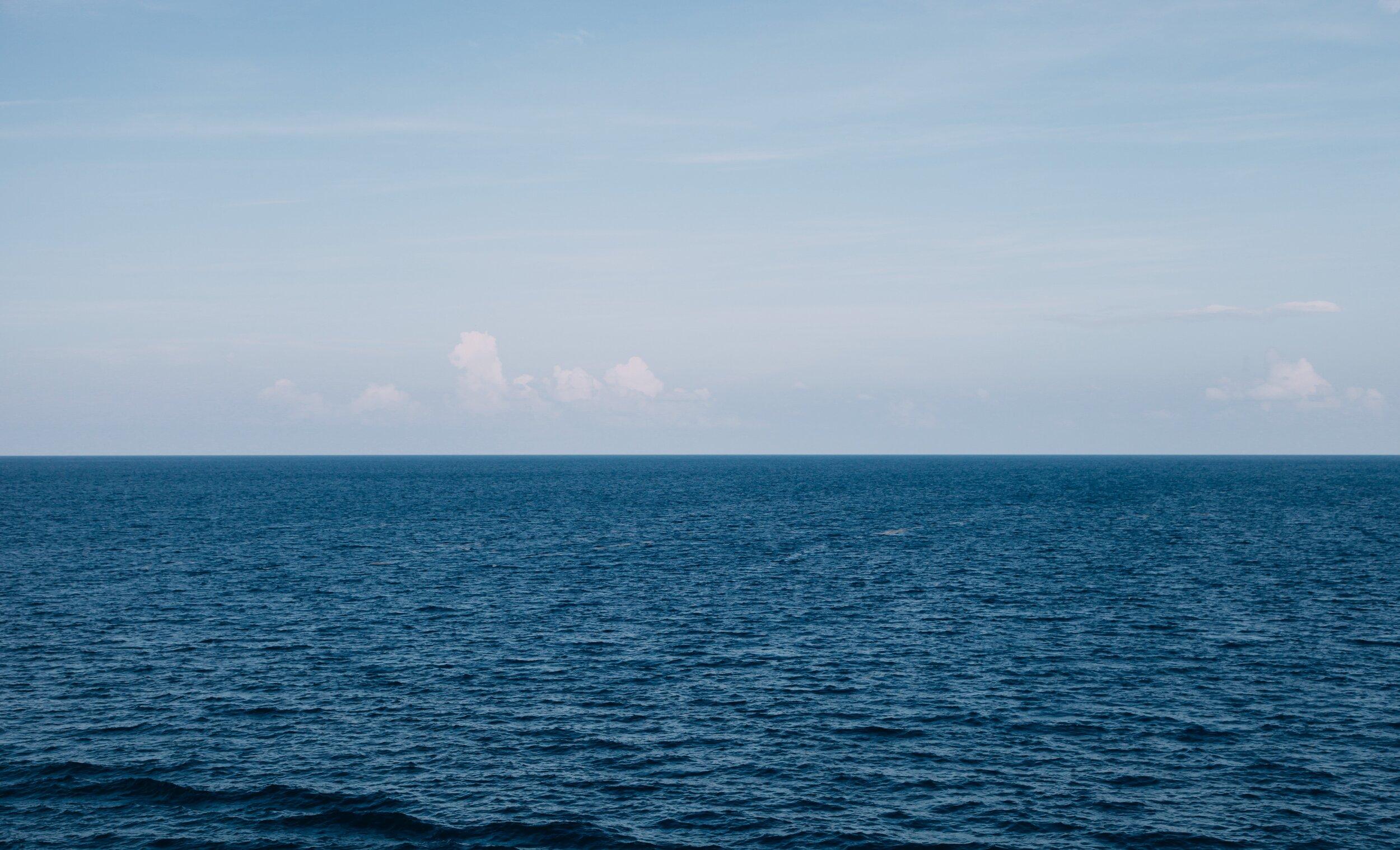 beach-blue-water-horizon-175719.jpg