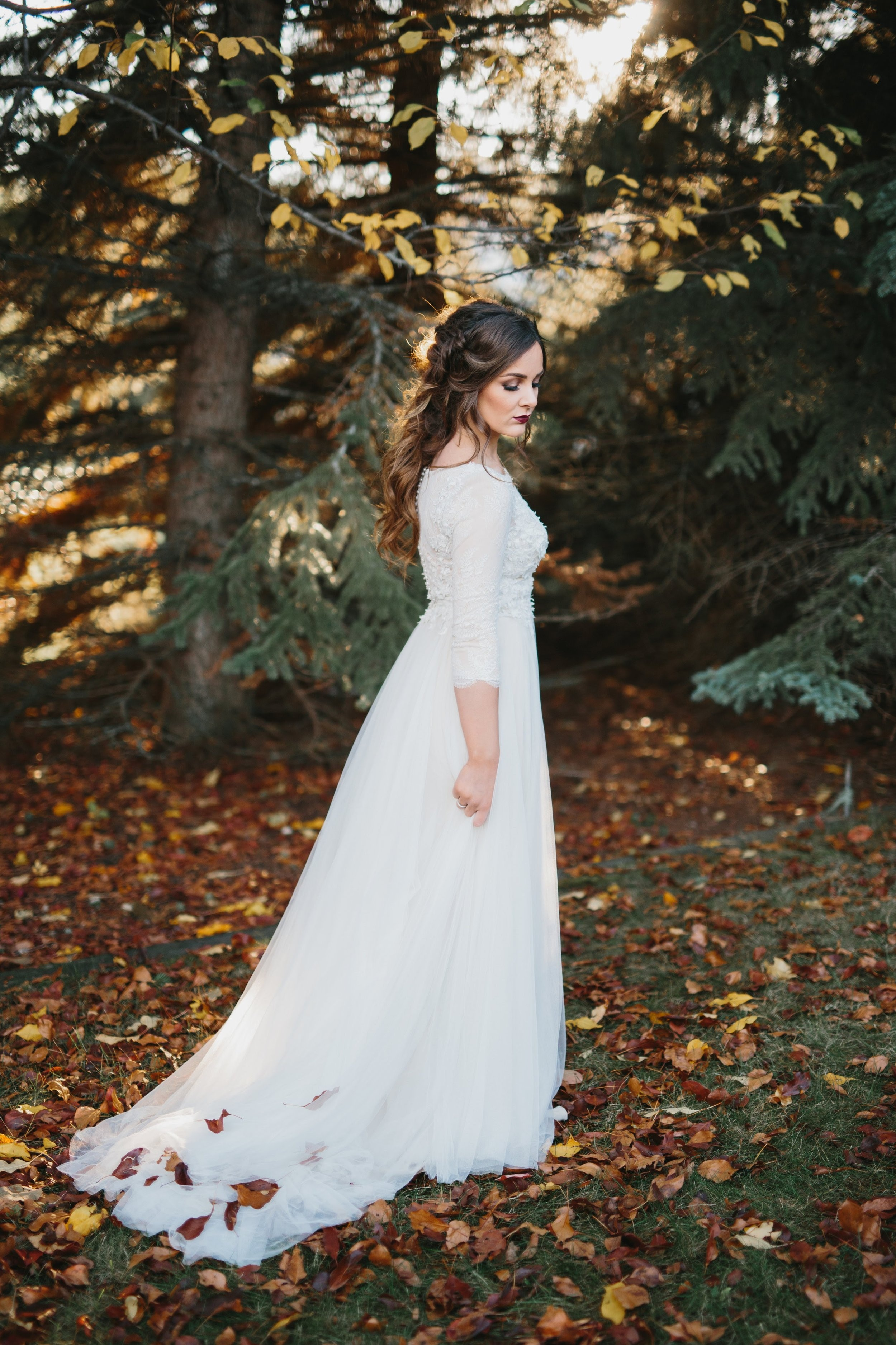 Bronzed Fall Bridal Look  Photo by- Leah Lorna Photography   www.leahlorna.com