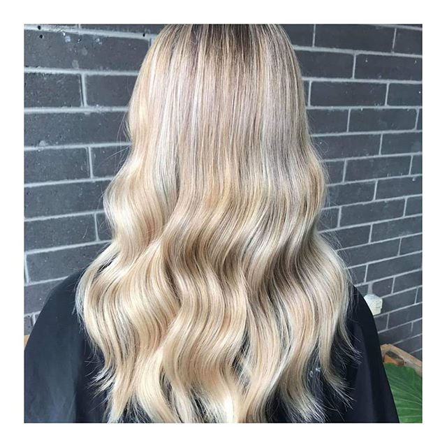 || BLONDE GOALS || Seriously crushing over the shine and condition our Kevin Murphy Color.Me toners give! Obsessed 😍 || . . #clayfieldhairdresser #blkavehair #brisbanesbestsalon #brisbanesbesthair #blackavenuehair #brisbanehair #brisbanesbesthairdressers #colourmelt #blackavenuehairdressing #whiteblonde #ombre #babylights #balayage #blonde #colorme #colormebykevinmurphy #colourmeltblkavehair #eleven #sachajuan_anz #hairtrends2019