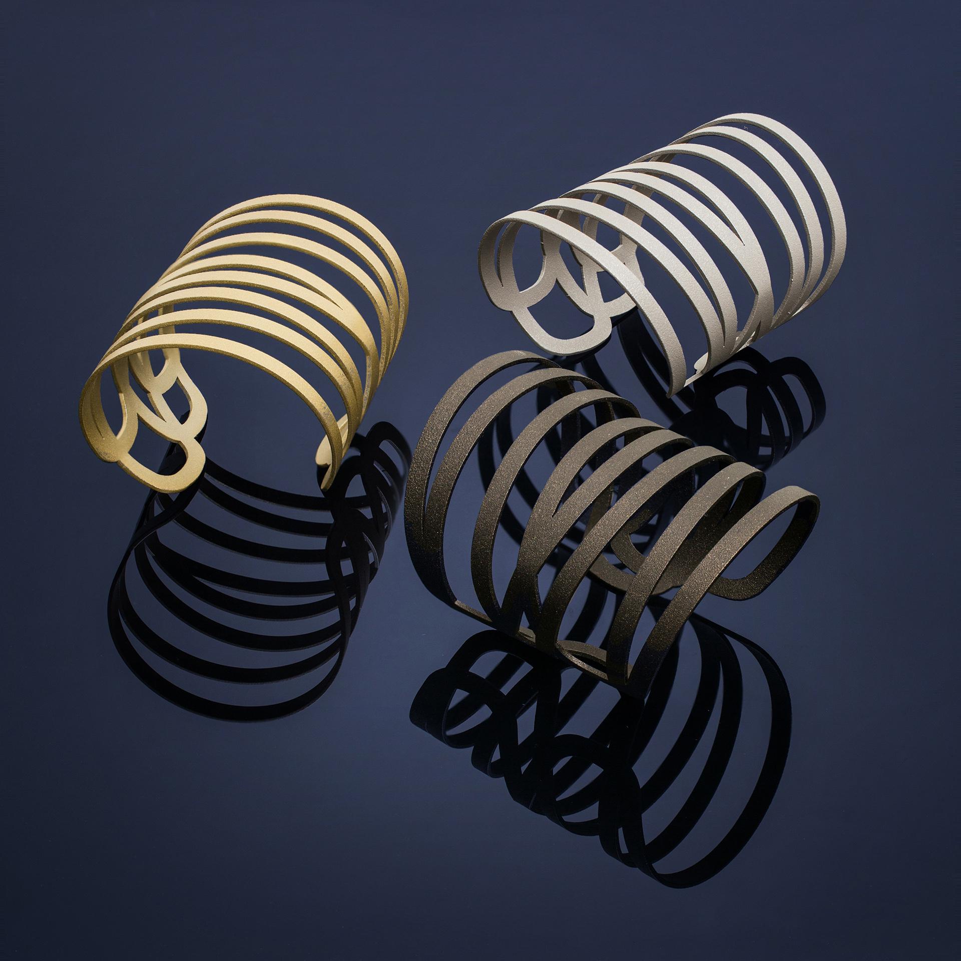 Bronze-Bracelets_zap.jpg