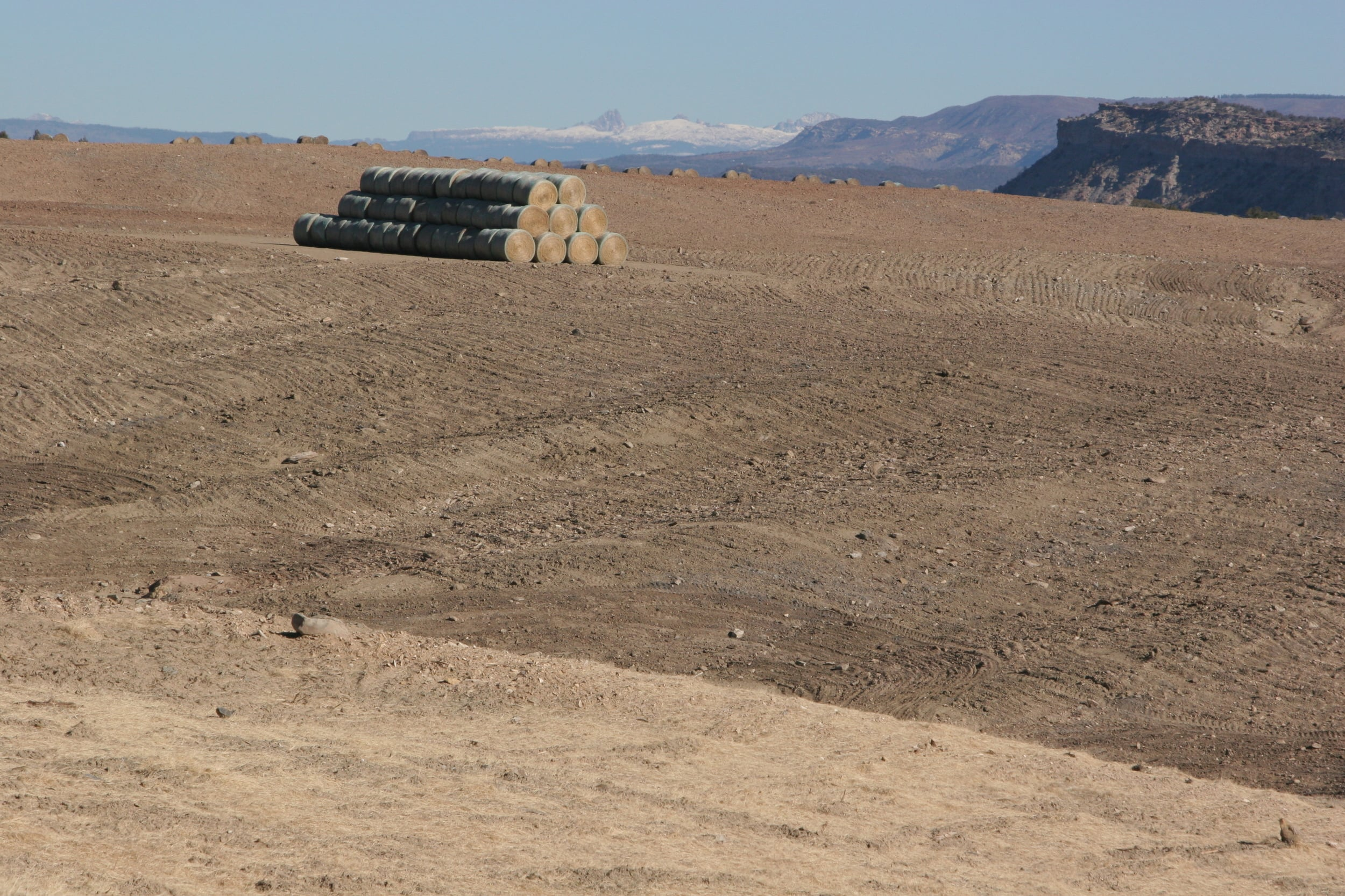 IMG_2881 - Hay Pile & Drilling - LaPlata.JPG