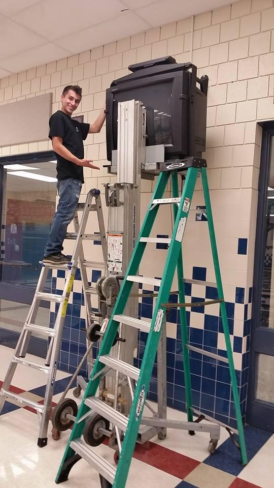 commercial-hdtv-installation.jpg