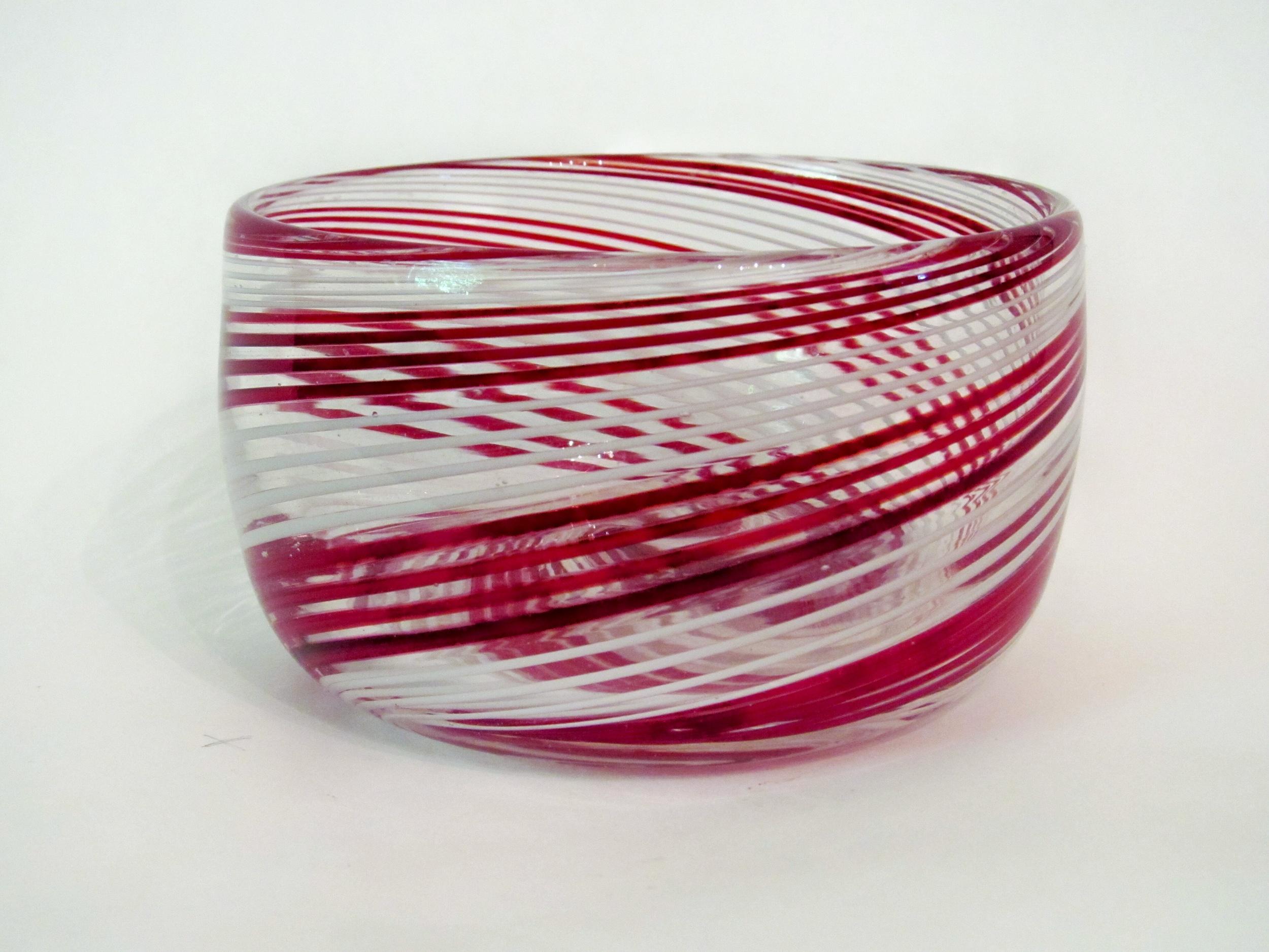 Red and white supio bowl.jpg
