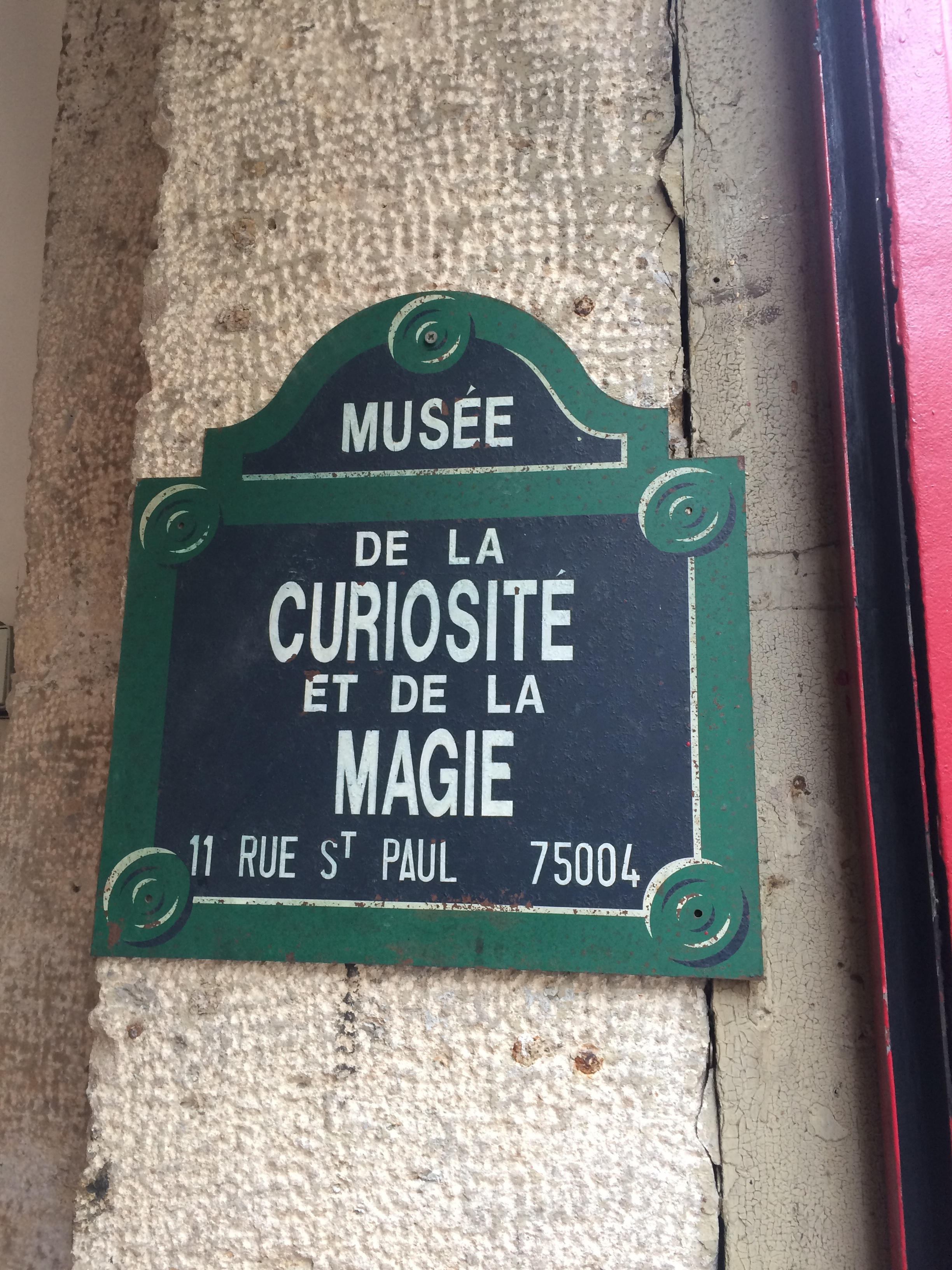 We spent some time at the Museum of Magic. It was oriented towards kids and we felt right at home!