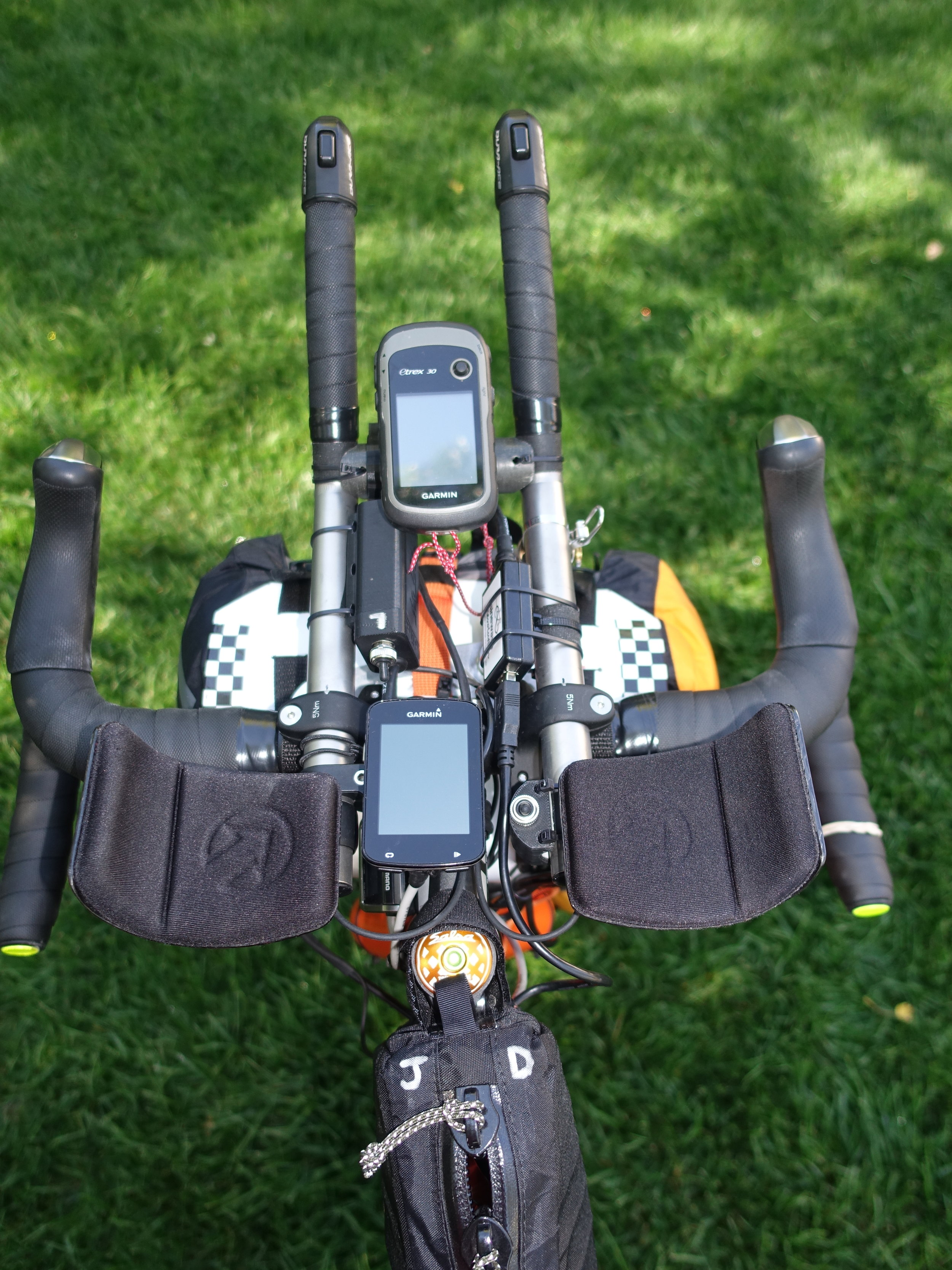 The cockpit: navigation, lighting, charging, and nutrition all within reach.