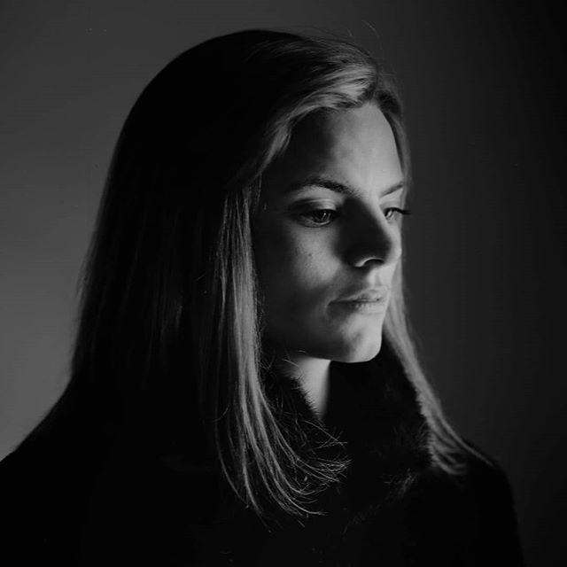 Anna Hofmann, #Actress @zhdk.schauspiel  #portraitphotography #largeformat #acros100