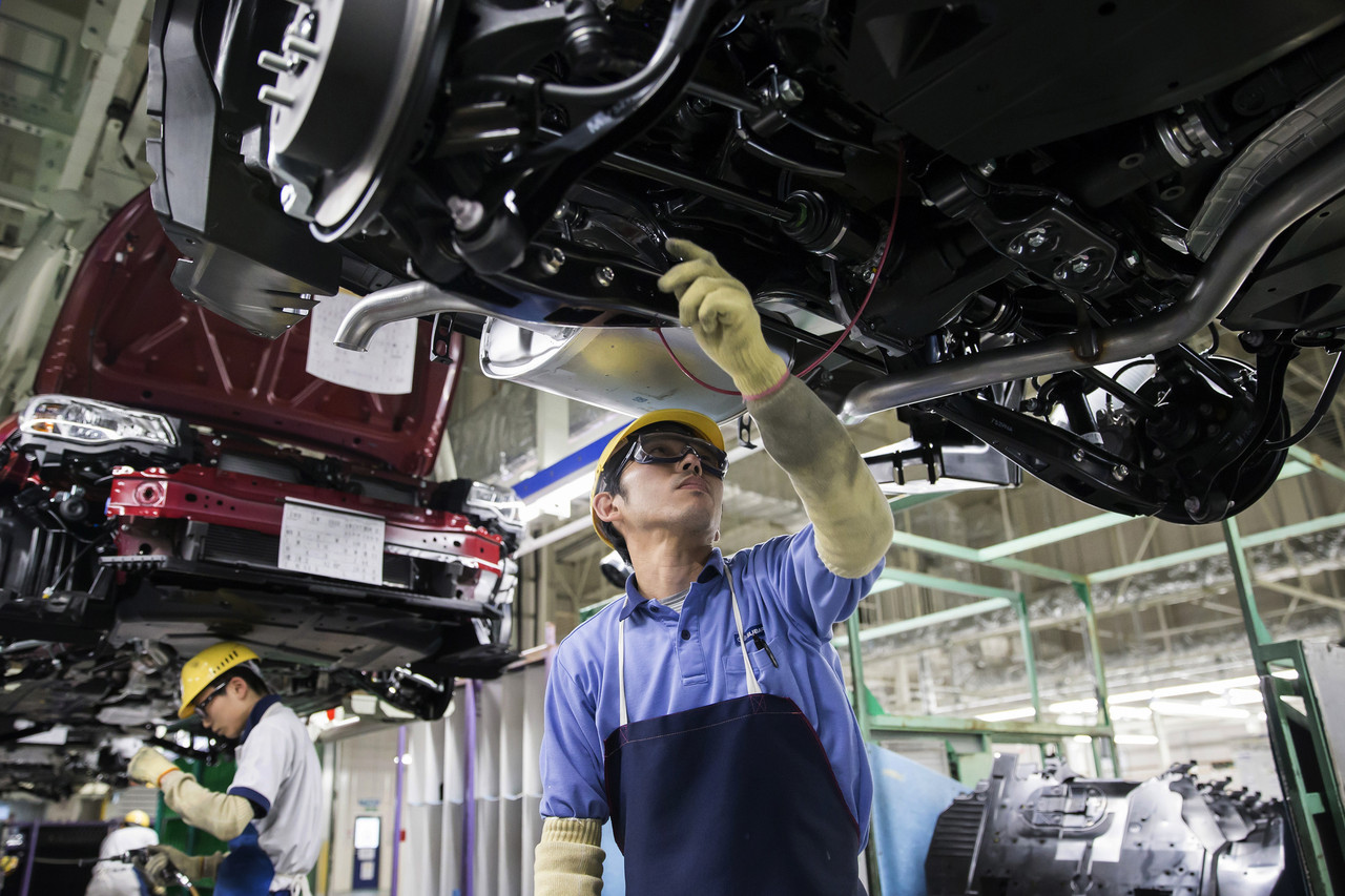 Subaru Motor Corp.  Used unqualified inspectors for final quality approvals for cars sold in Japan.