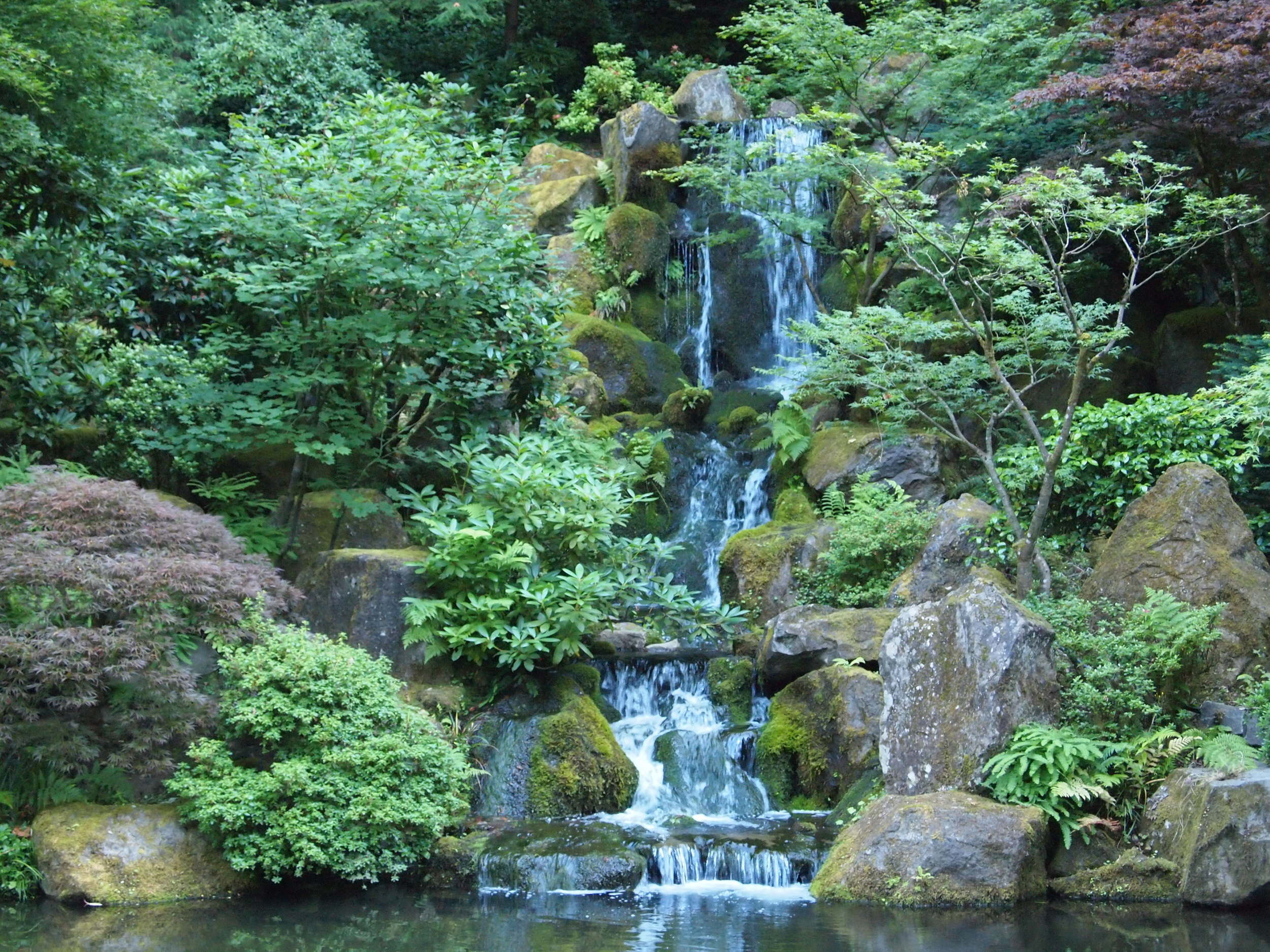 A mindful waterfall, representing using mindfulness to help relieve anxiety