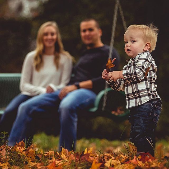 Here's another photo from the Moore family shoot.  When you can find color in December, in east Texas, you use it! What do you guys think?