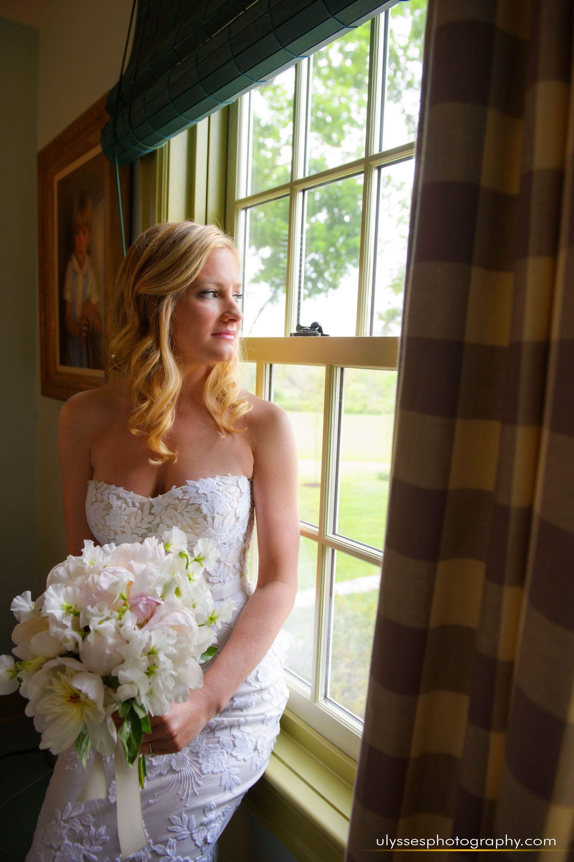05 At Home Wedding Farm Wedding Mira Zwillinger Bridal Bride and Bouquet.jpg