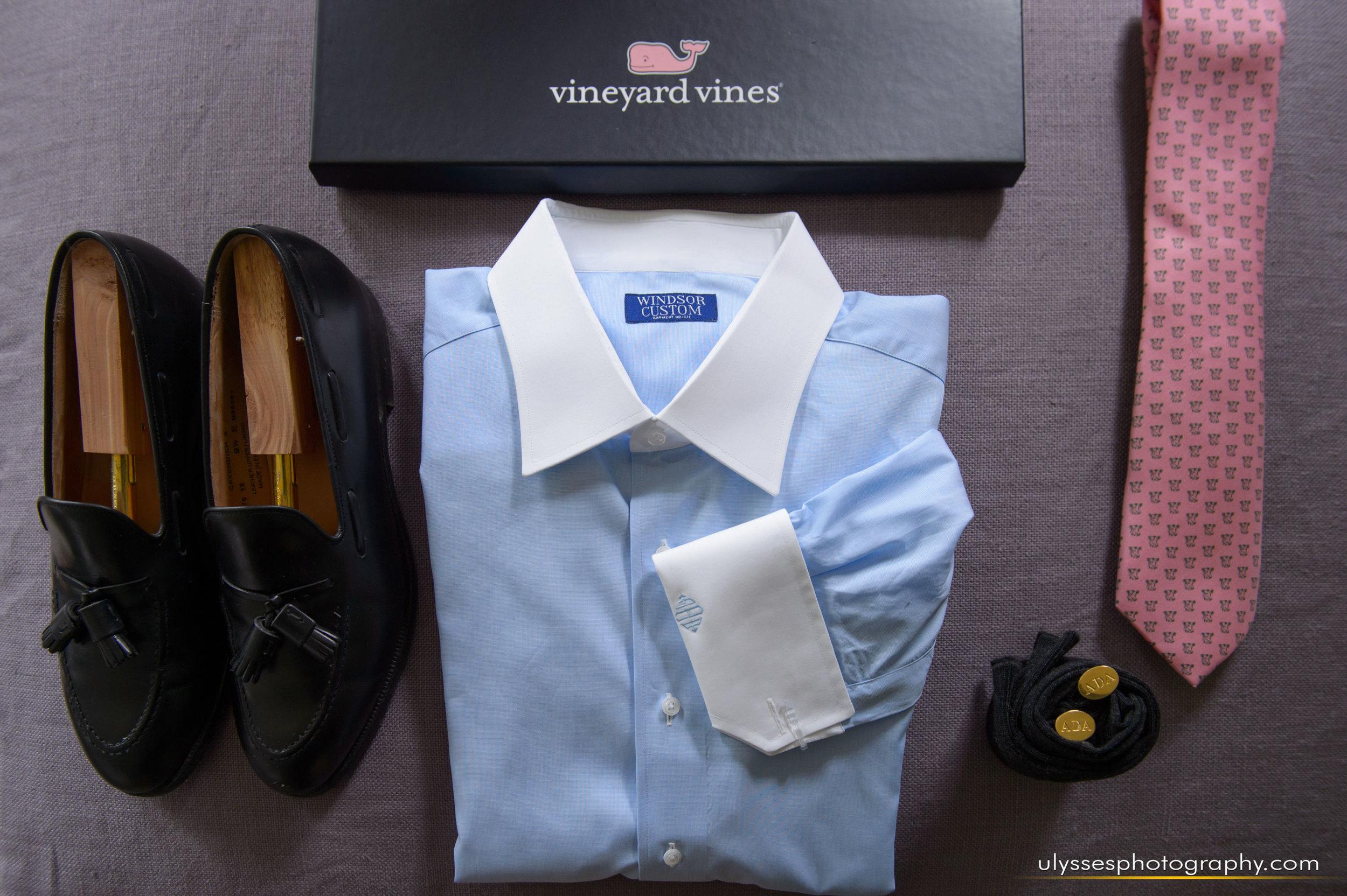 09 Vineyard Vines Windsor Custom Cufflinks Dunwalke Farms Tie Groom Details.jpg