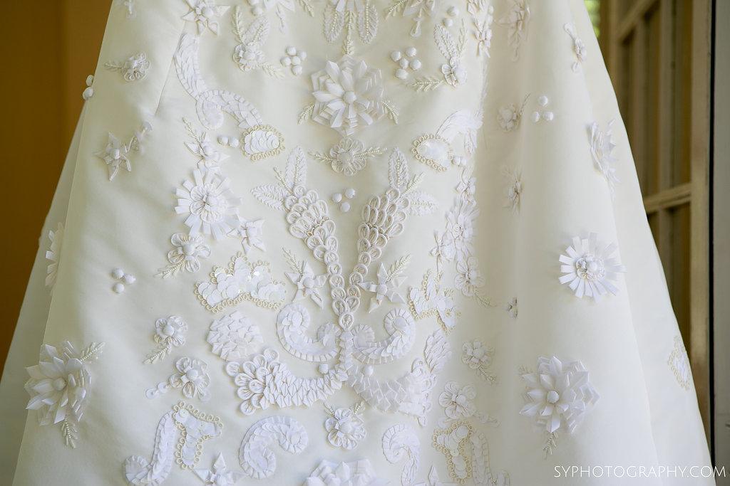 02 Mark Ingram Oscar de la Renta Bridal Detail Phialdelphia Wedding Planner Princeton Wedding Aribella Events.jpg