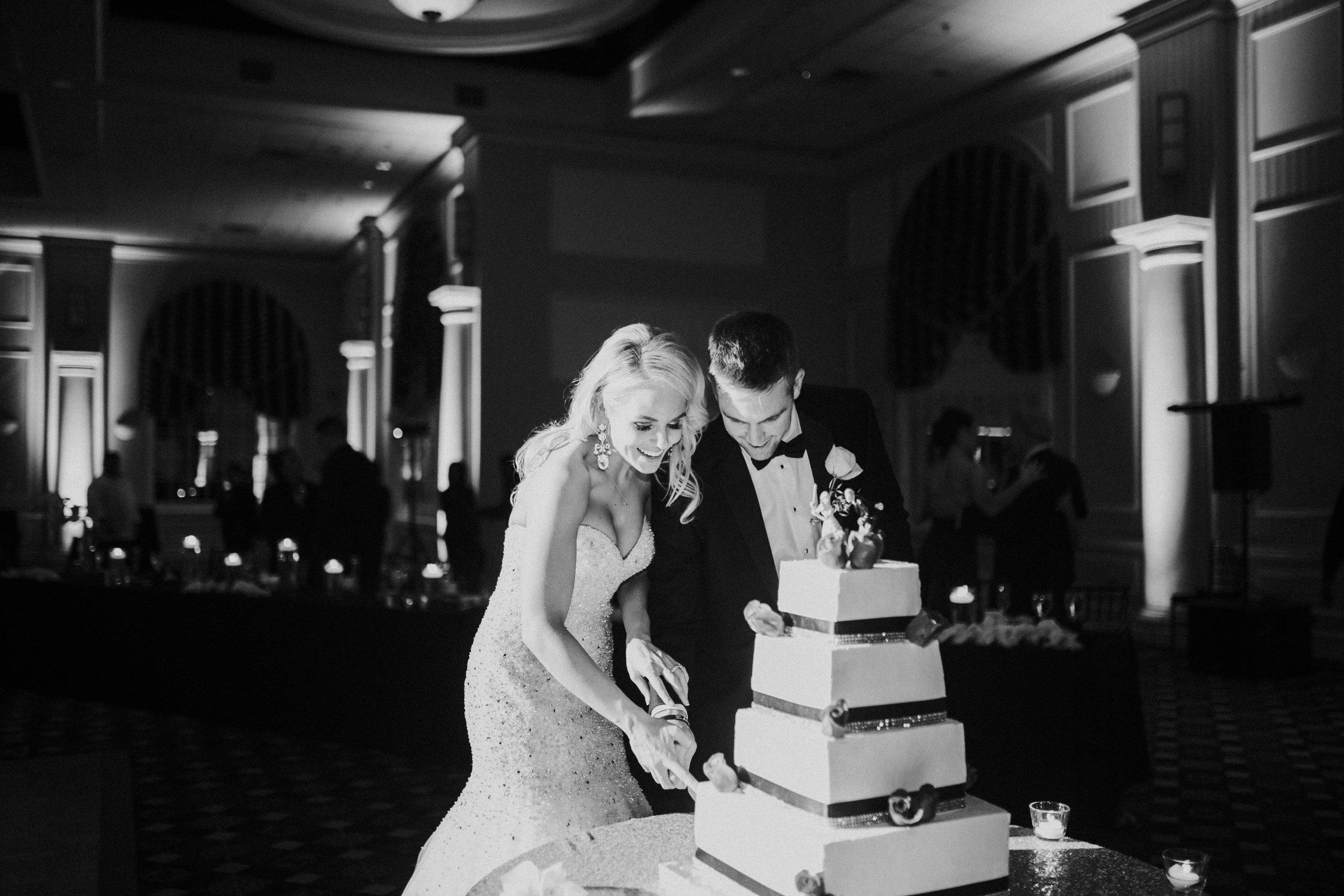 41 New Years Eve Wedding Cake Cutting.jpg