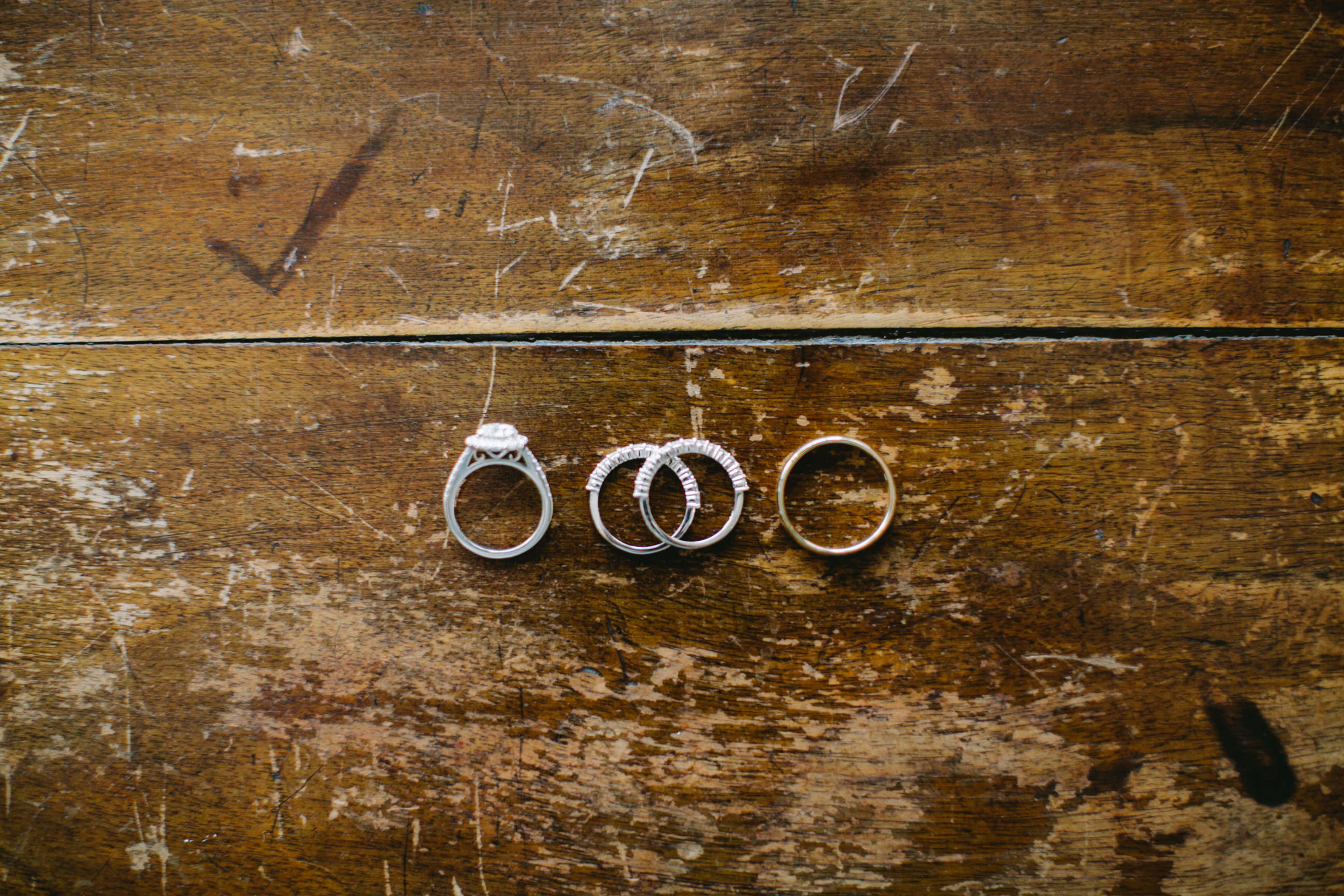 03 Appleford Estate Wedding Rings.jpg