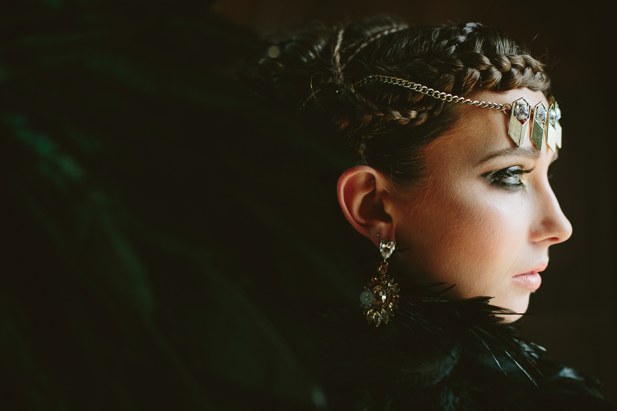 20 Evil Queen Wedding Inspiration Hair Jewelry Black Feather Necklace.jpg
