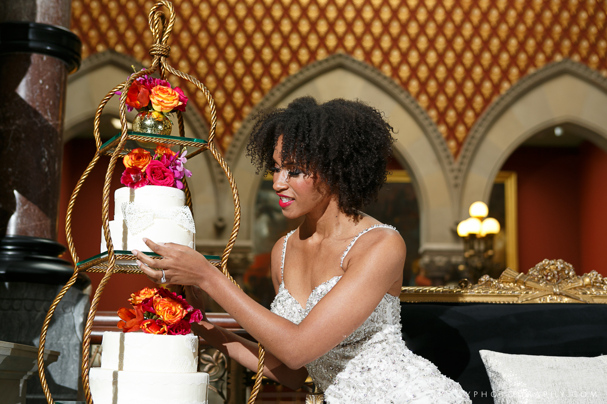 03 Pennsylvania Academy of Fine Arts Wedding Maggpie Vintage Aribella Events.jpg