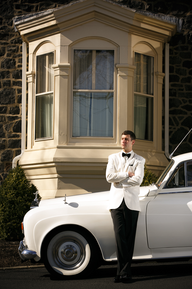 06 Great Gatbsy White Tux Dinner Jacket Black Tie Aribella Events.jpg