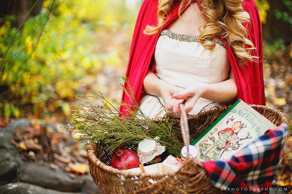 02 Little Red Riding Hood Wedding Inspiration Woodland Wedding.jpg