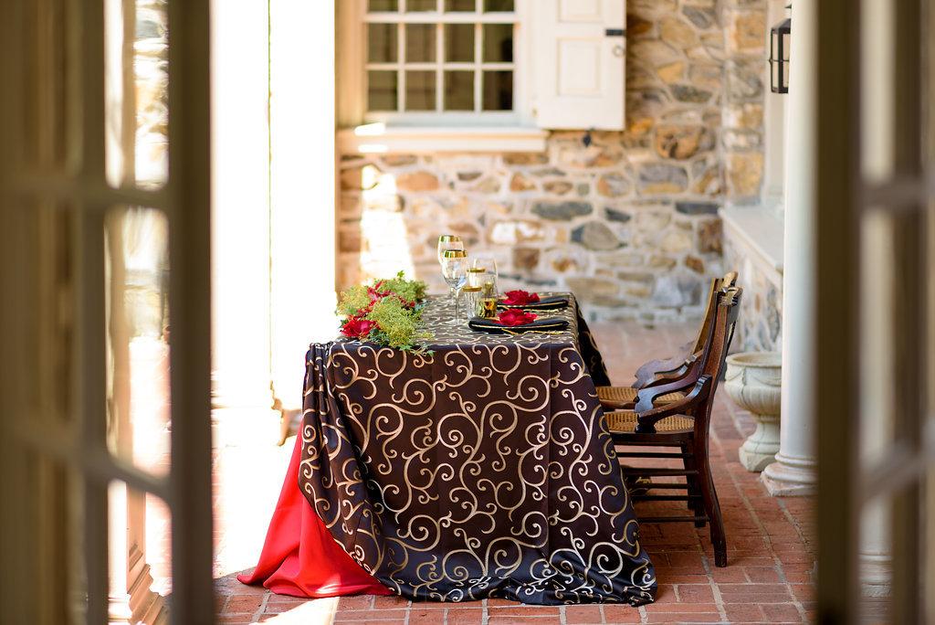 16 Bolingbroke Mansion Spanish Rose Sweetheart Table Black Gold Red Rose Philadelphia Wedding Planner.jpg