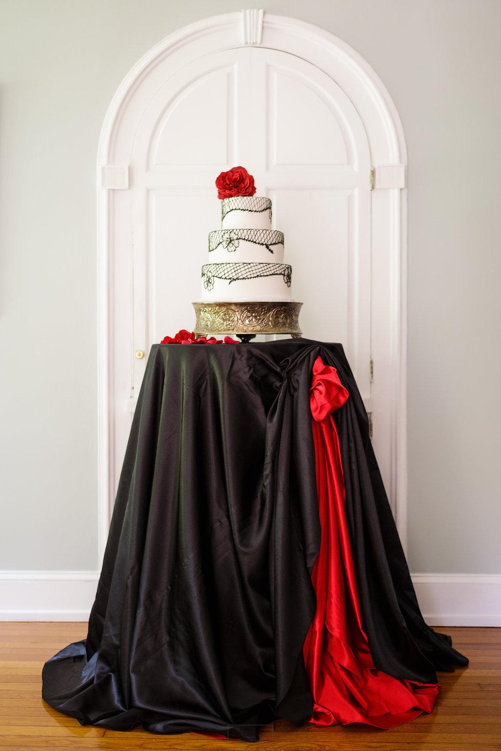 20 Flamenco Dancer Wedding Cake Inspiration Black Lace Red Rose Wedding.jpg